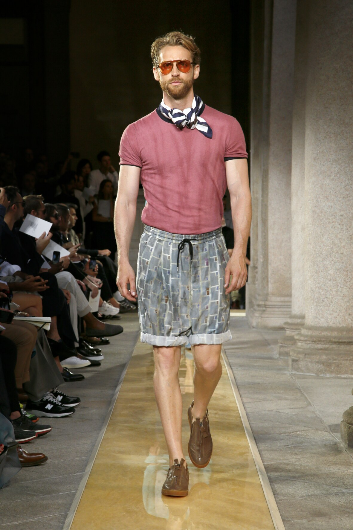 Fashion 2020 Catwalk Giorgio Armani Summer Man Collection