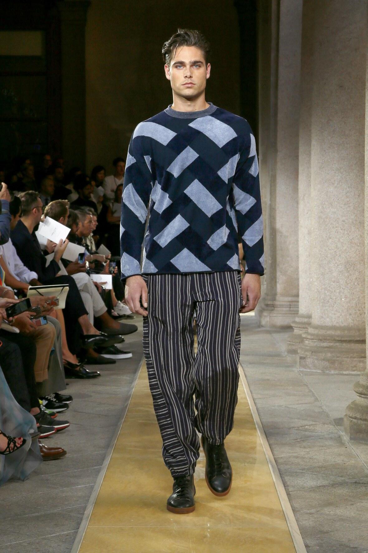 Fashion 2020 Catwalk Giorgio Armani