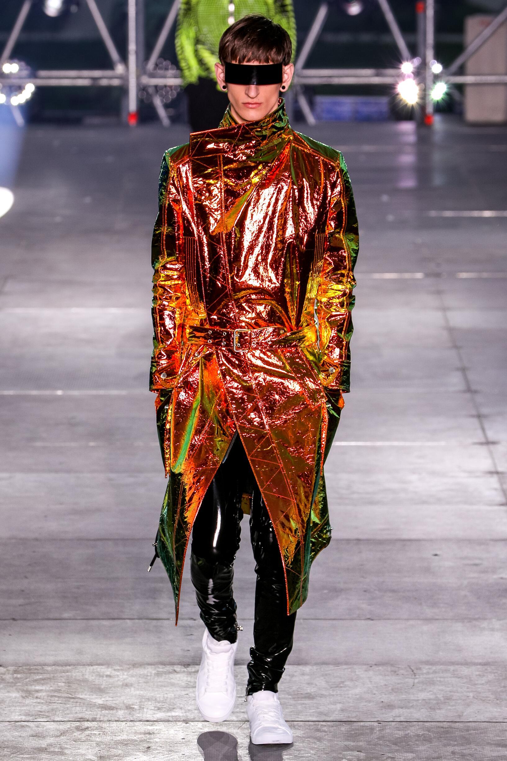 Fashion 2020 Runway Balmain Summer Man