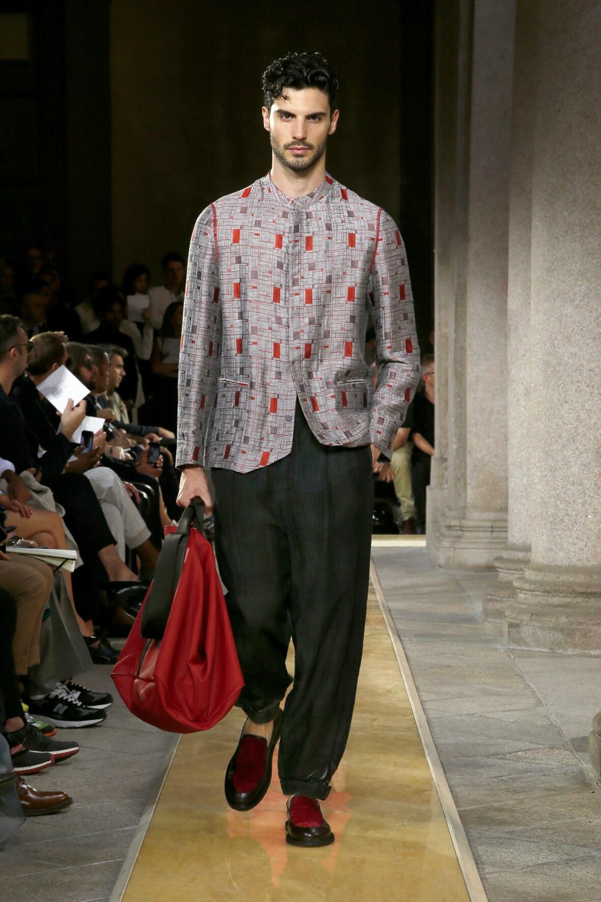 Fashion 2020 Runway Giorgio Armani Summer Man