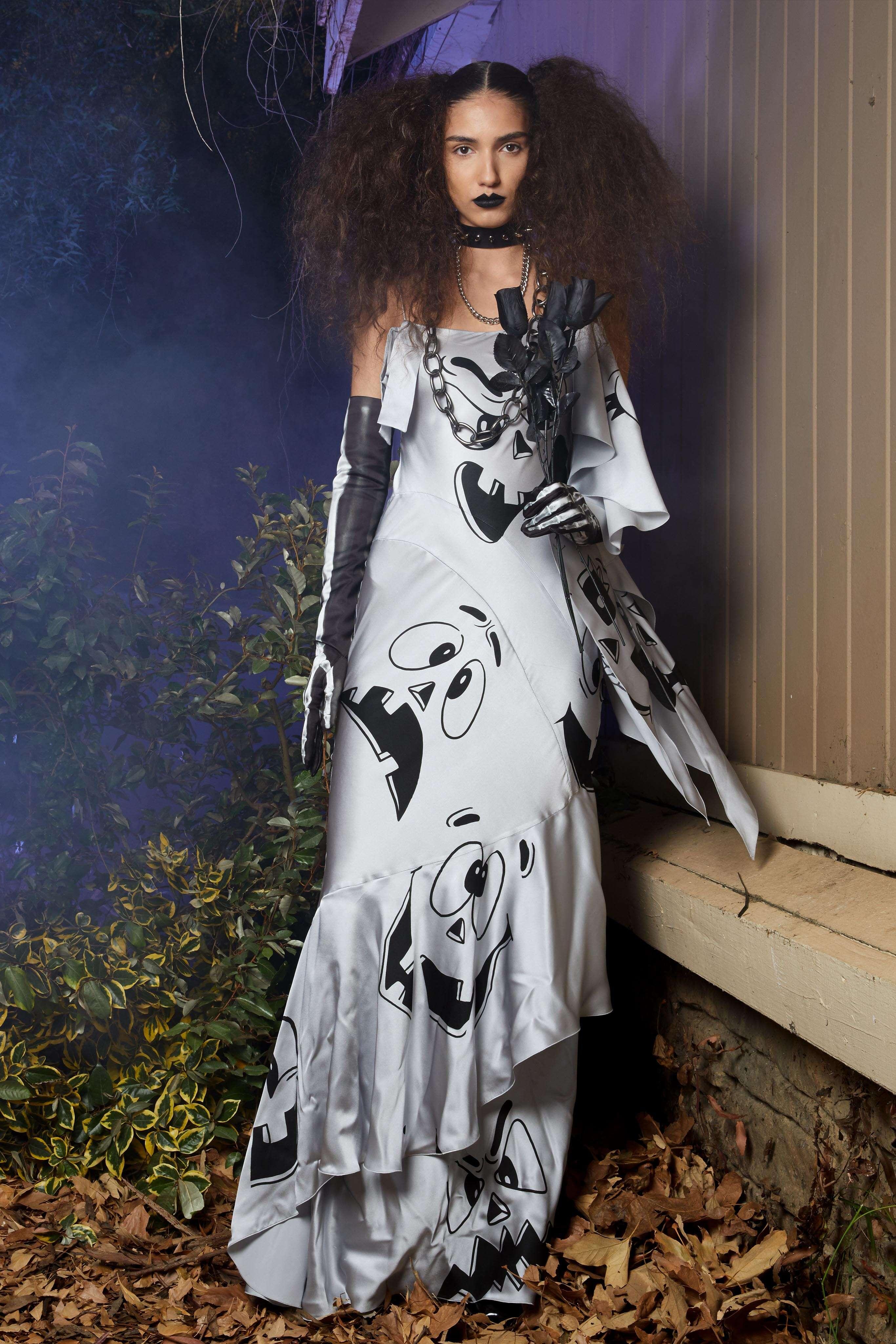 Fashion 2020 Runway Moschino Resort Woman