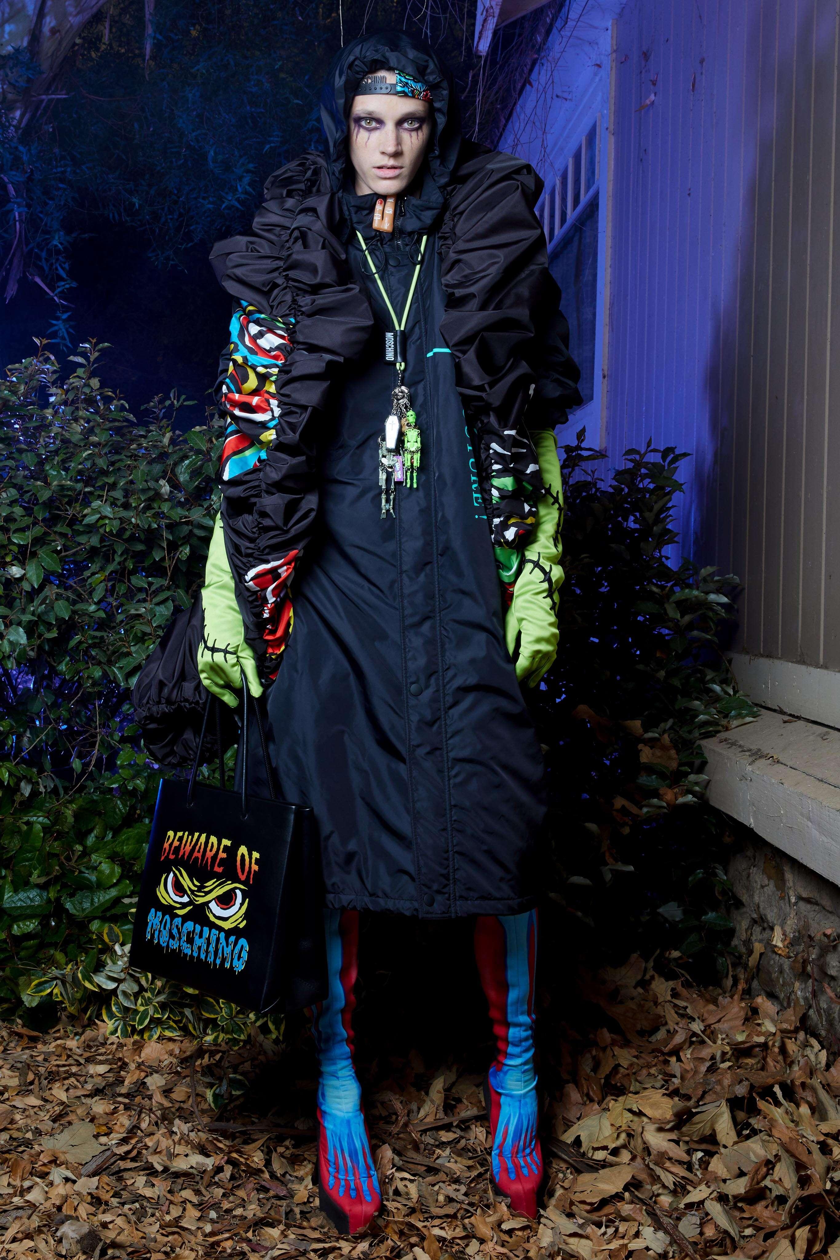 Fashion 2020 Women Style Moschino