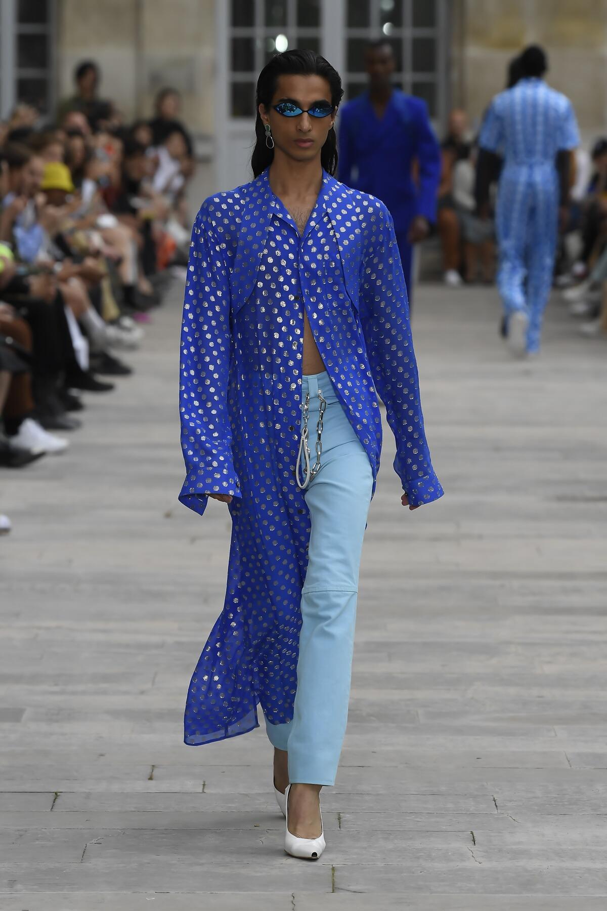 Fashion Model Woman Gmbh Catwalk