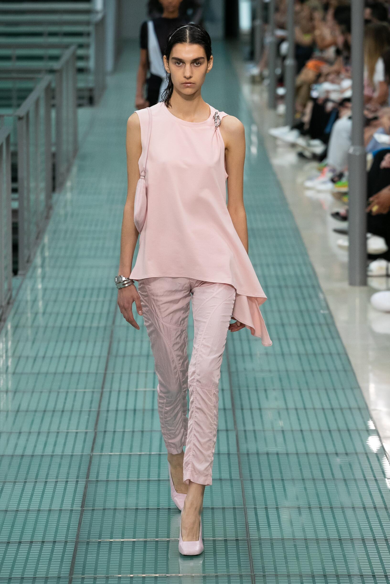Fashion Week 2020 Catwalk Alyx