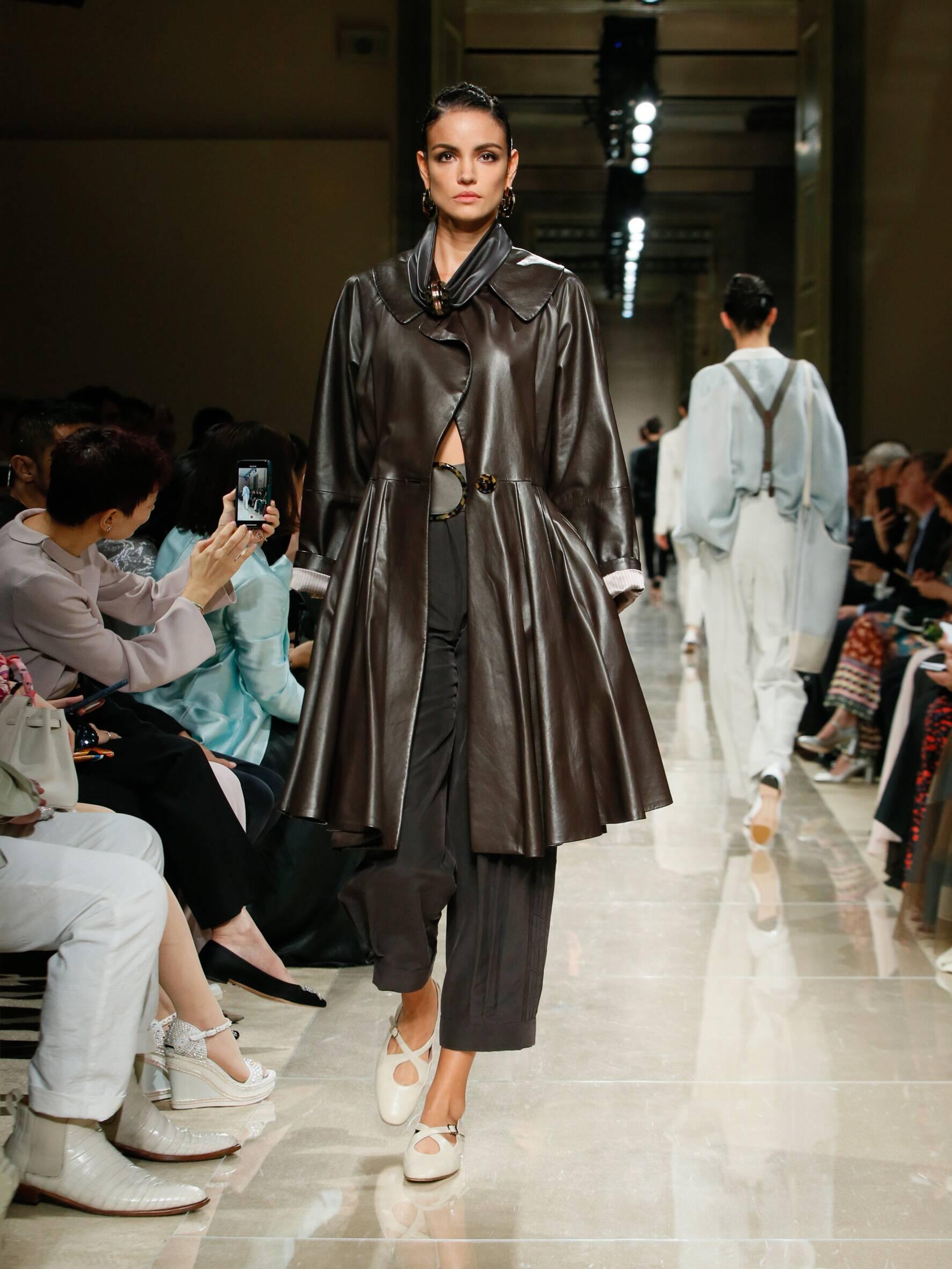 Giorgio Armani Cruise 2020 Collection Look 8 Tokyo