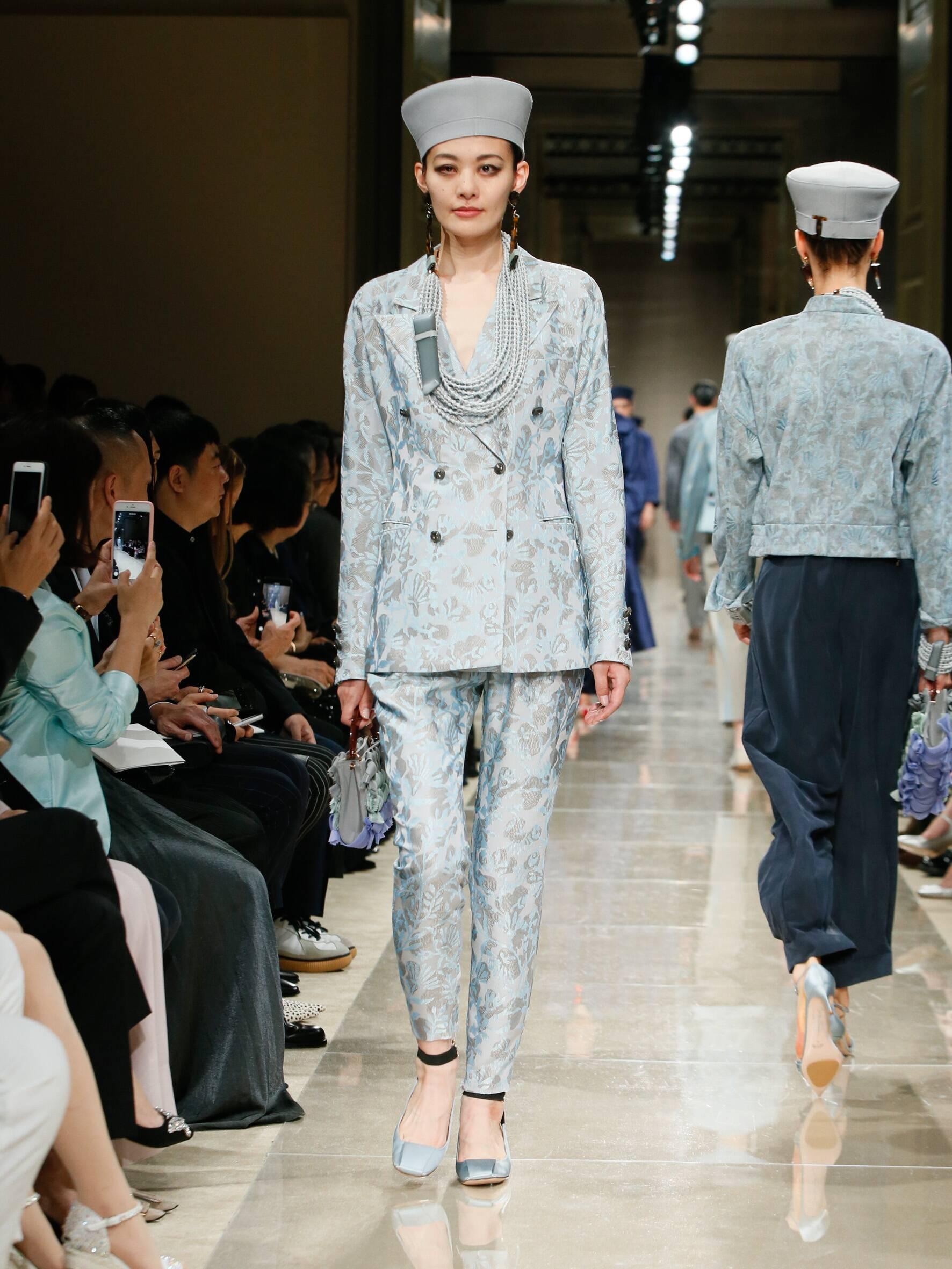 Giorgio Armani Cruise 2020 Collection Look 88 Tokyo
