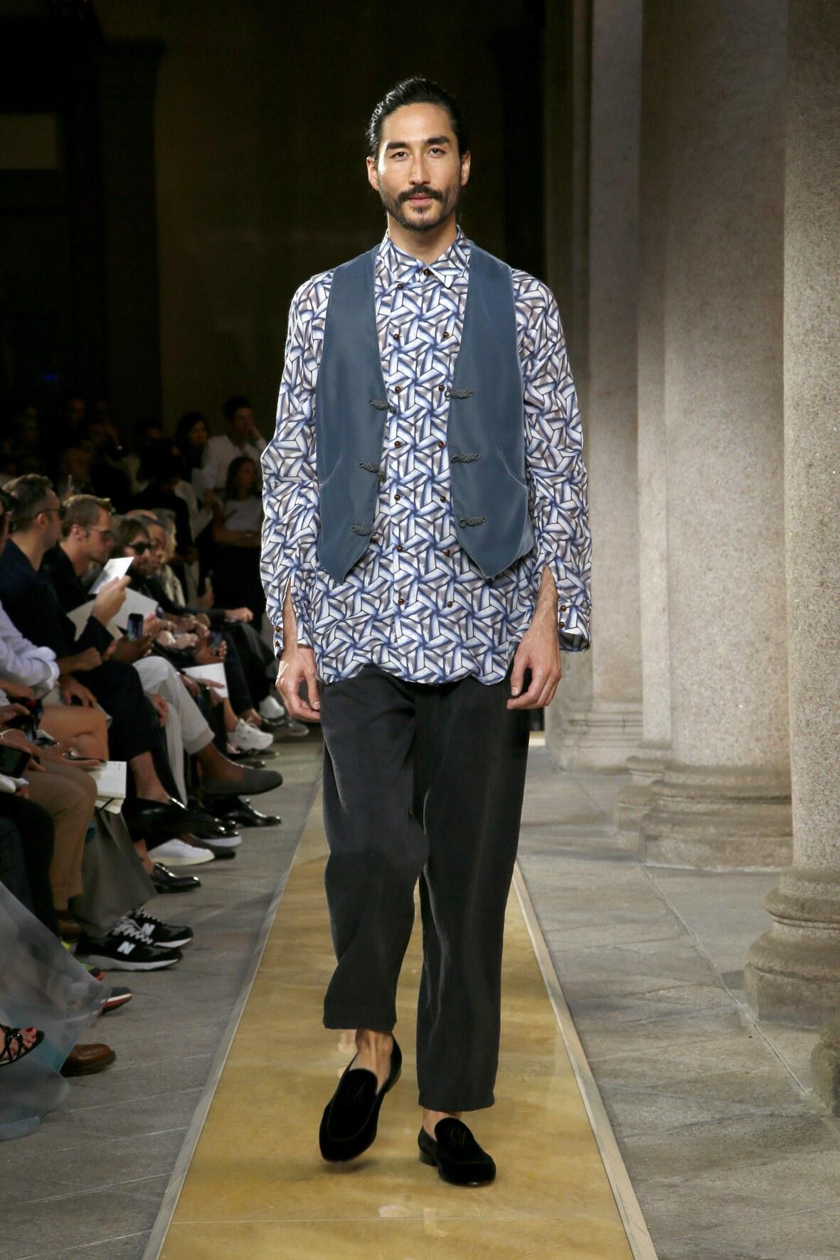 Giorgio Armani Menswear Collection Trends SS