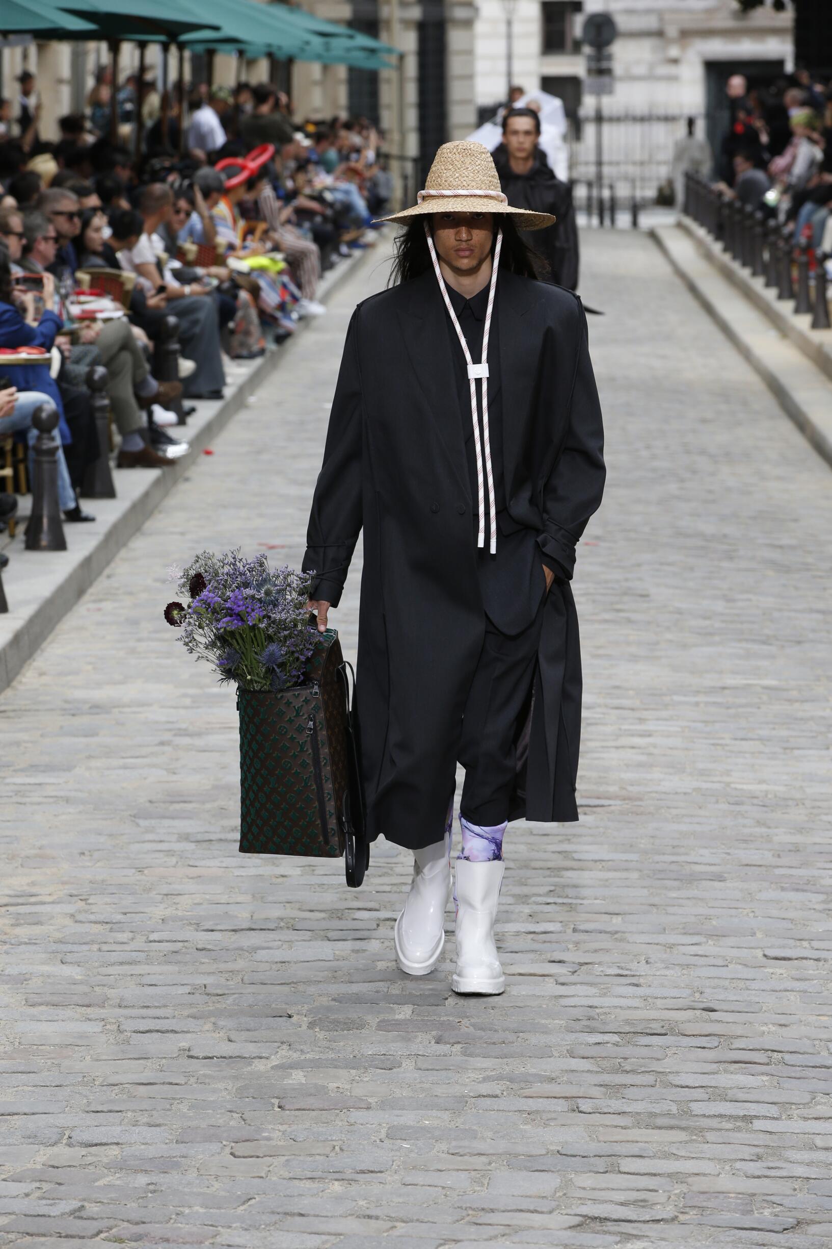 Man SS 2020 Louis Vuitton Show Paris Fashion Week