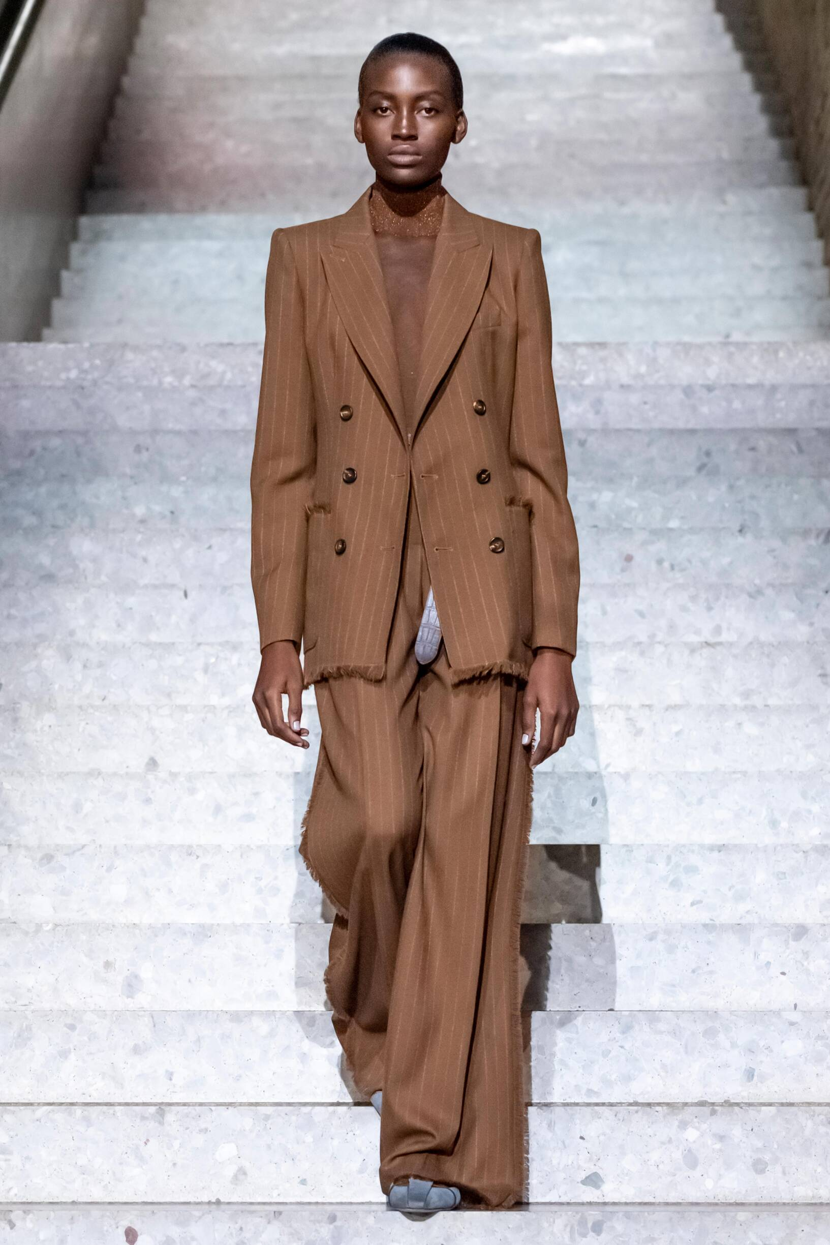 Max Mara Resort 2020 Collection Look 16 Berlin