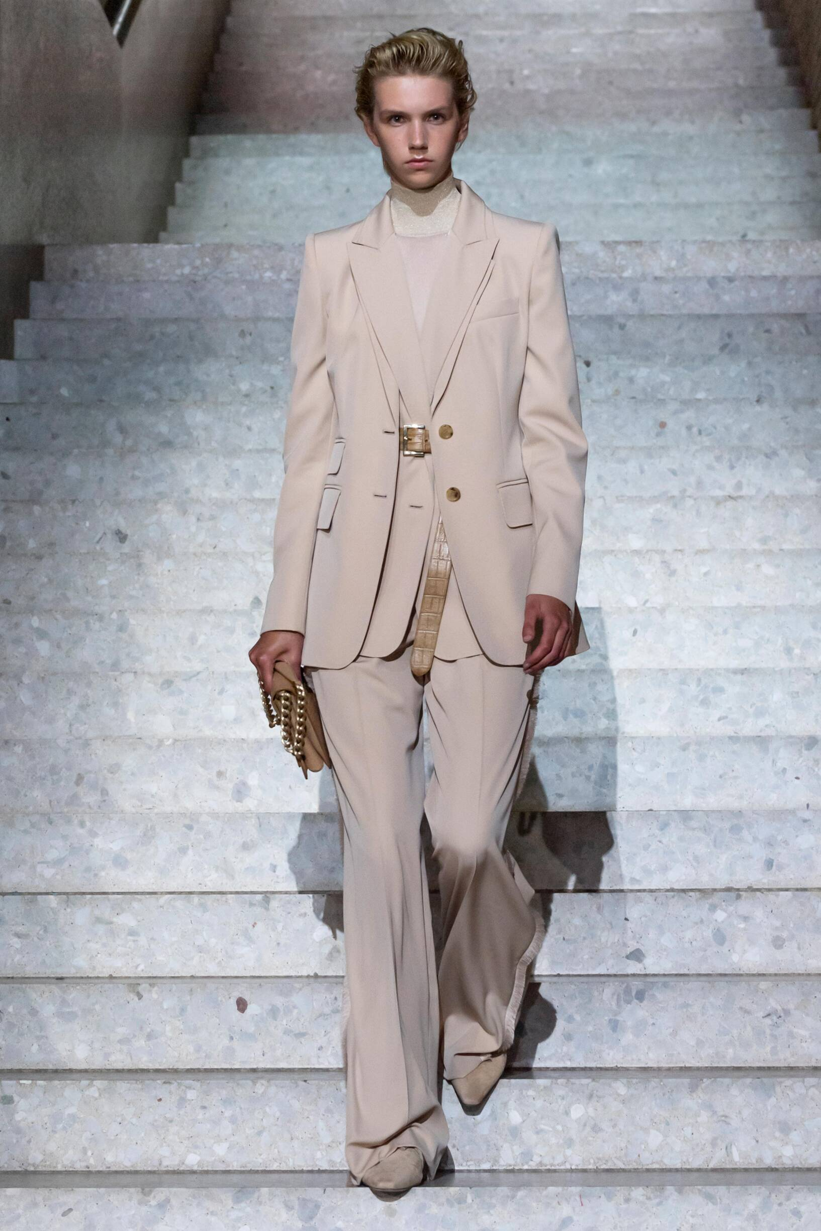 Max Mara Resort 2020 Collection Look 2 Berlin