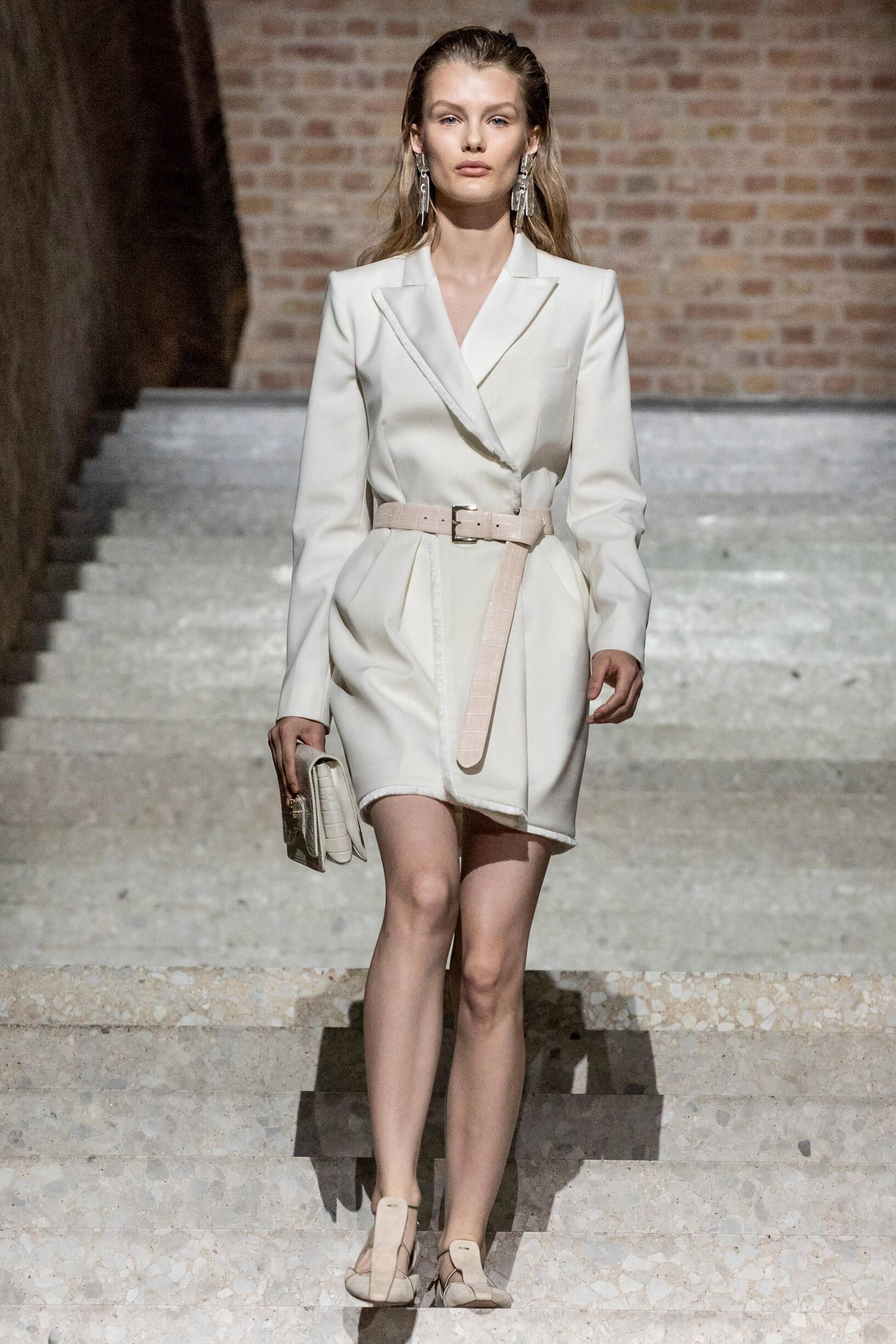 Max Mara Resort 2020 Collection Look 41 Berlin