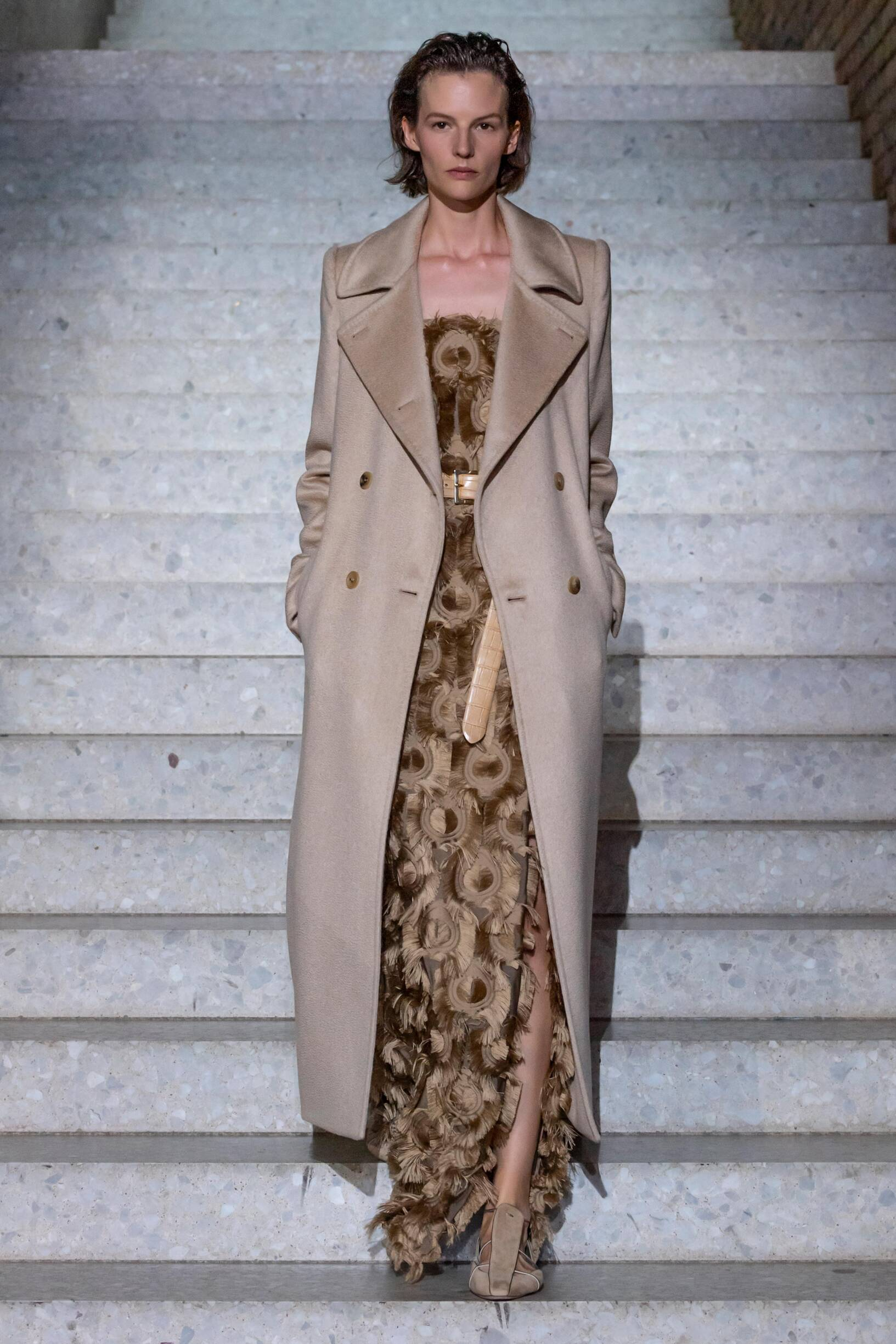 Max Mara Resort 2020 Collection Look 8 Berlin