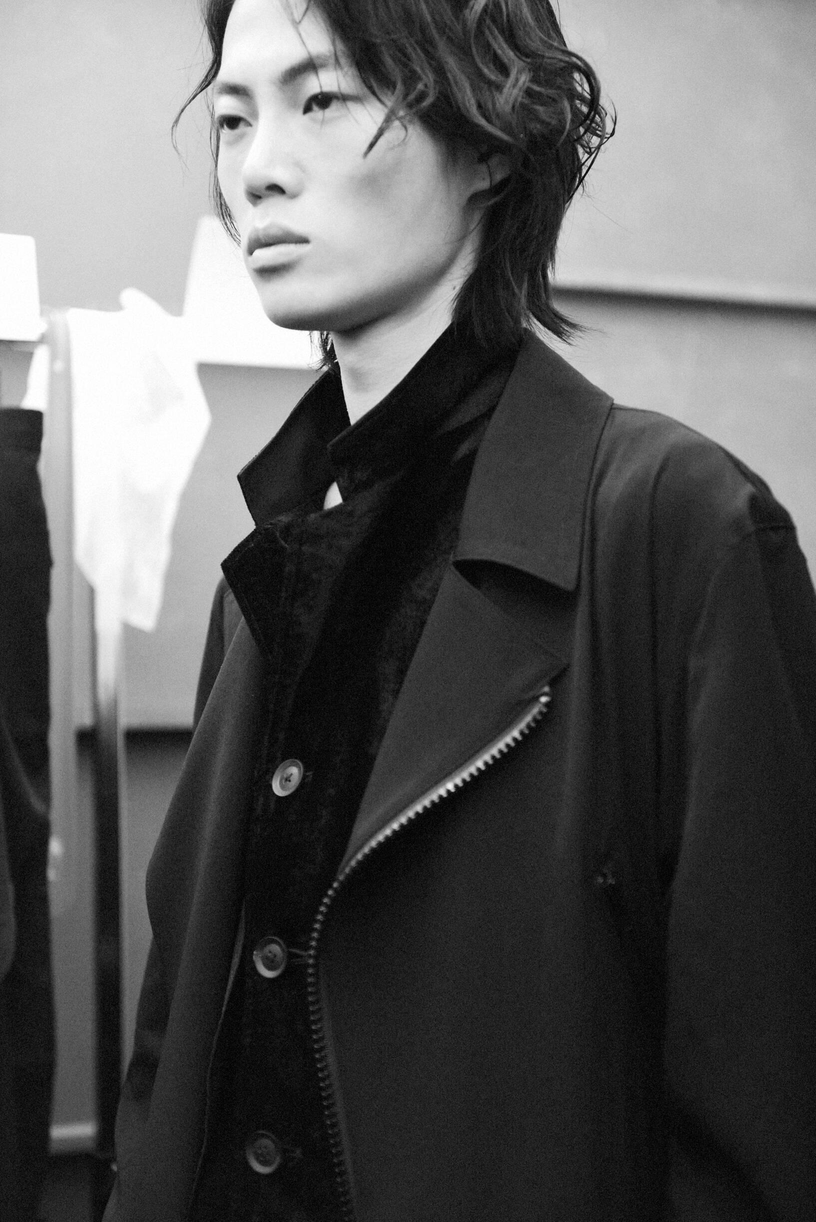 Model 2020 Fashion Backstage Yohji Yamamoto