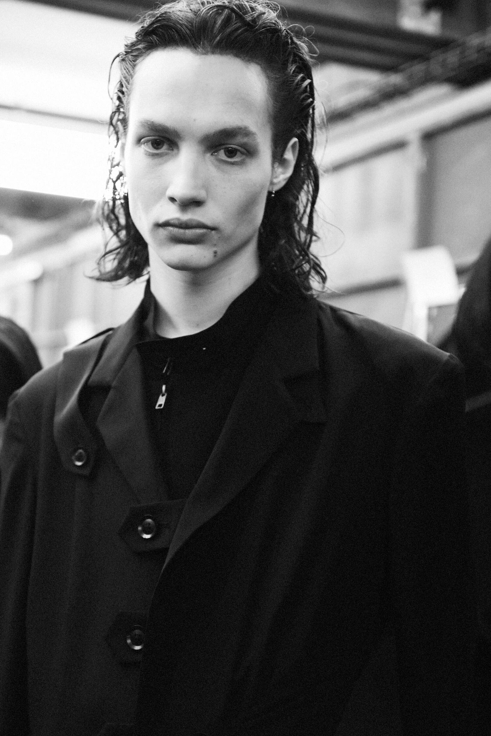 Model Backstage Yohji Yamamoto Spring Summer 2020 Collection Paris Fashion Week