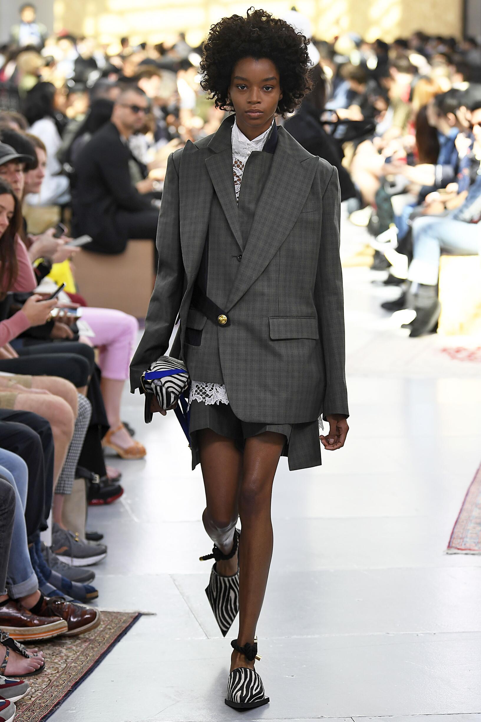 Pre Spring 2020 Sacai Fashion Show Paris