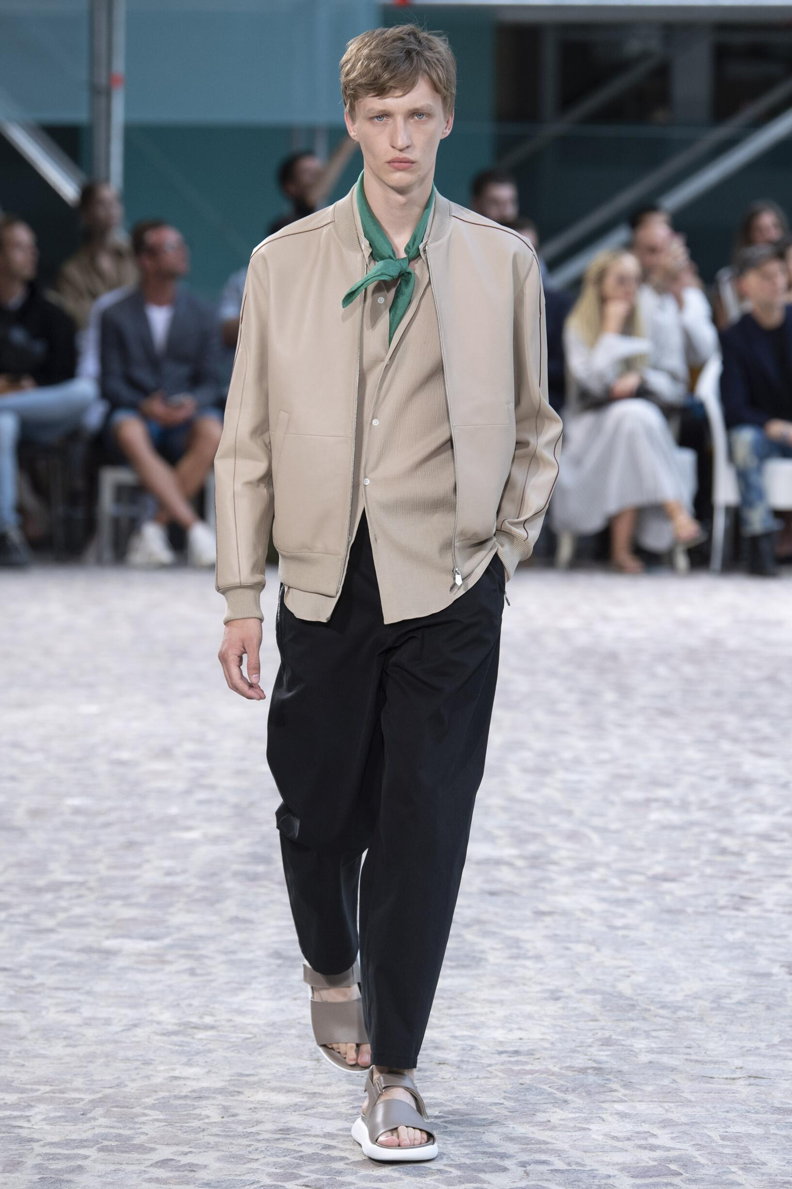 Runway Hermès Spring Summer 2020 Men's Collection Paris Fashion Week