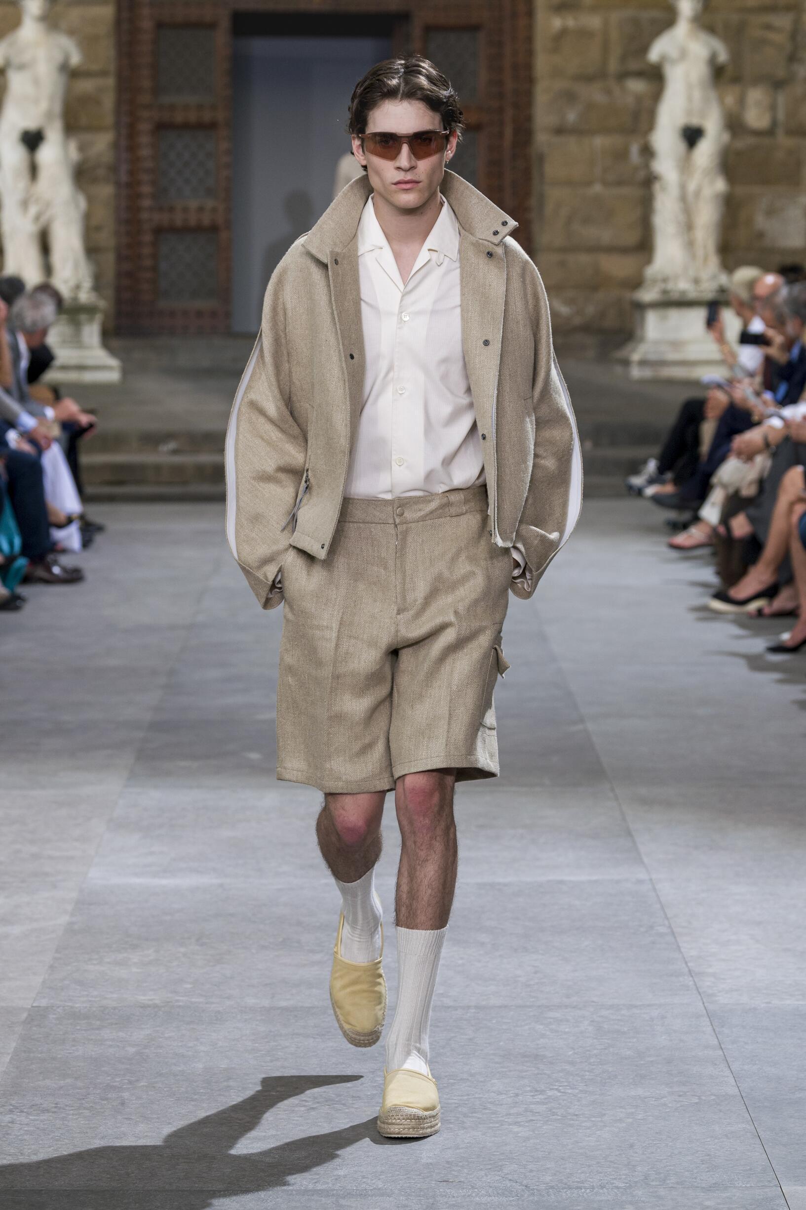 Runway Salvatore Ferragamo Spring Summer 2020 Men's Collection Pitti Immagine
