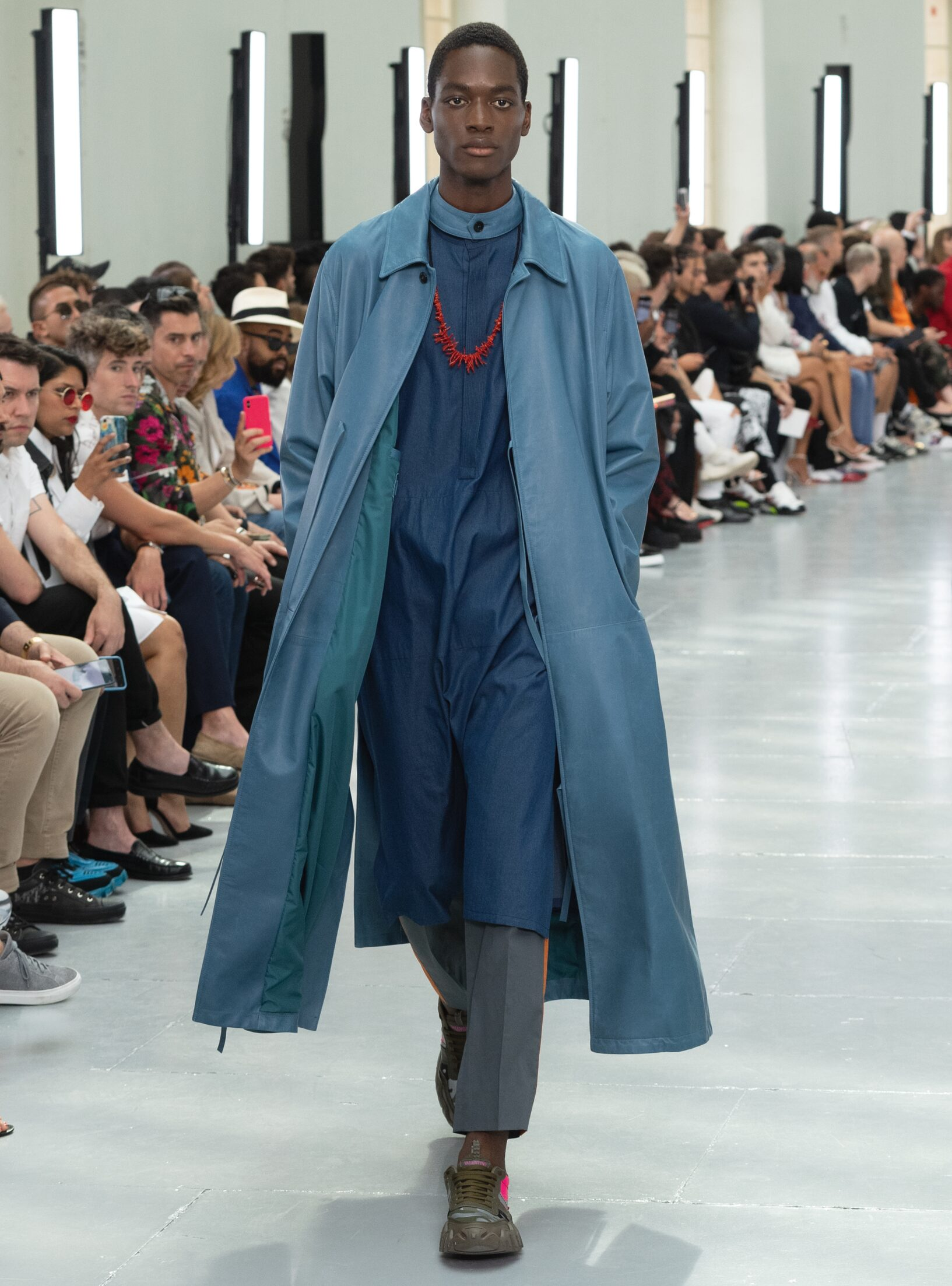 Runway Valentino Spring Summer 2020 Men's Collection Paris Fashion Week