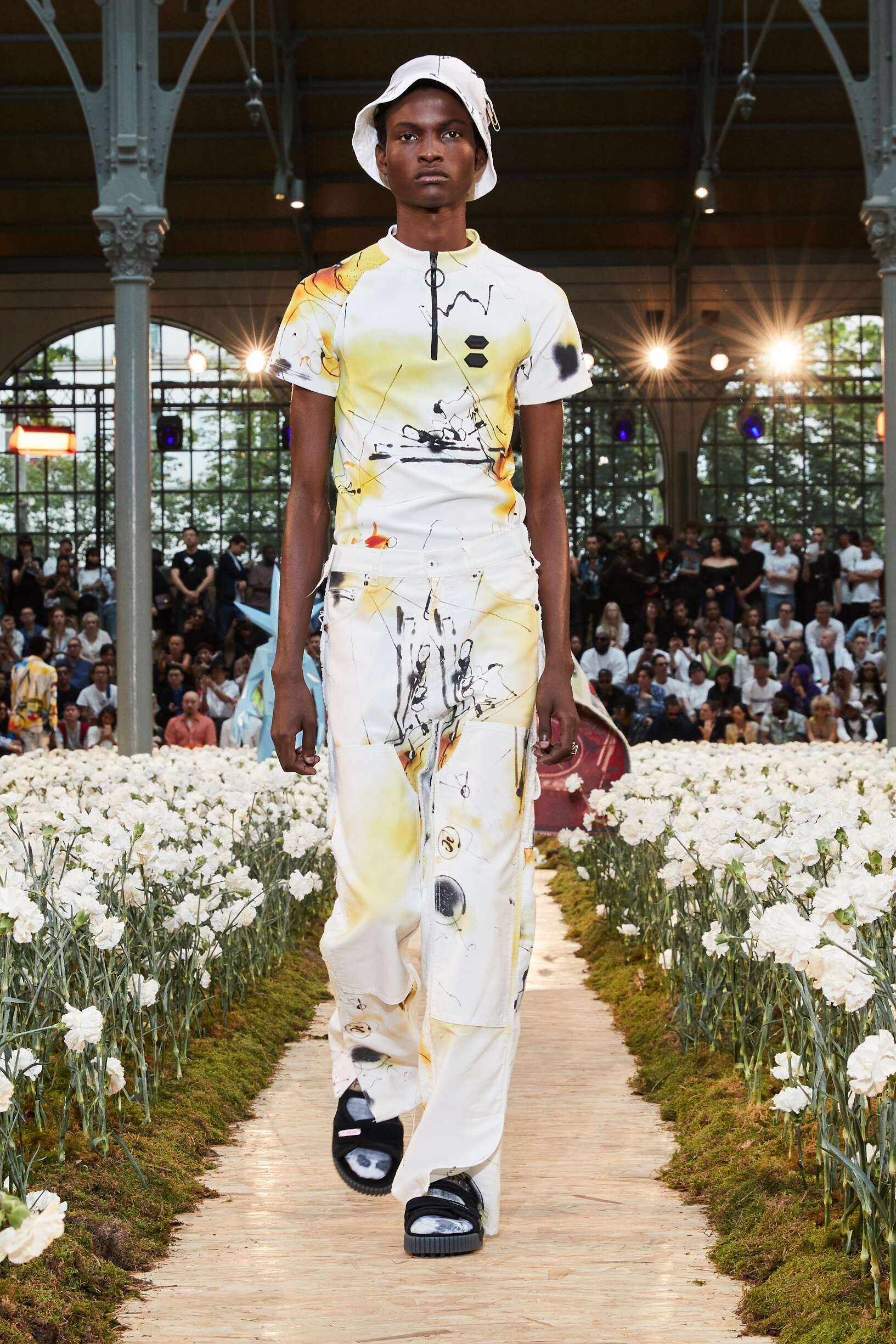 SS 2020 Off White c/o Virgil Abloh Fashion Show Paris
