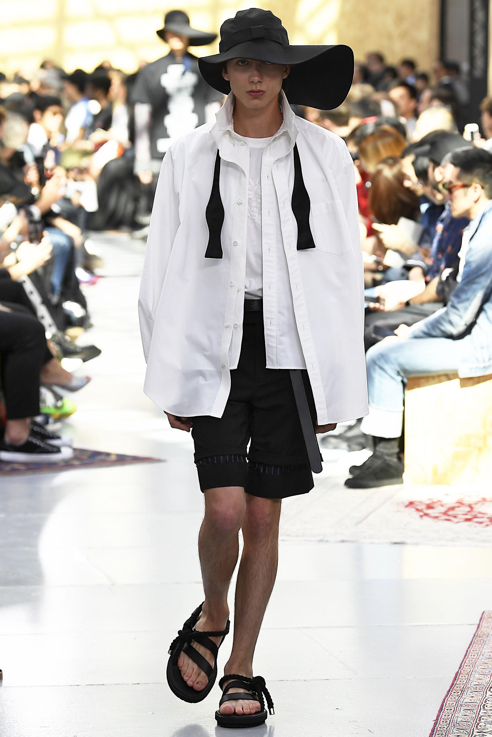 SS 2020 Sacai Fashion Show