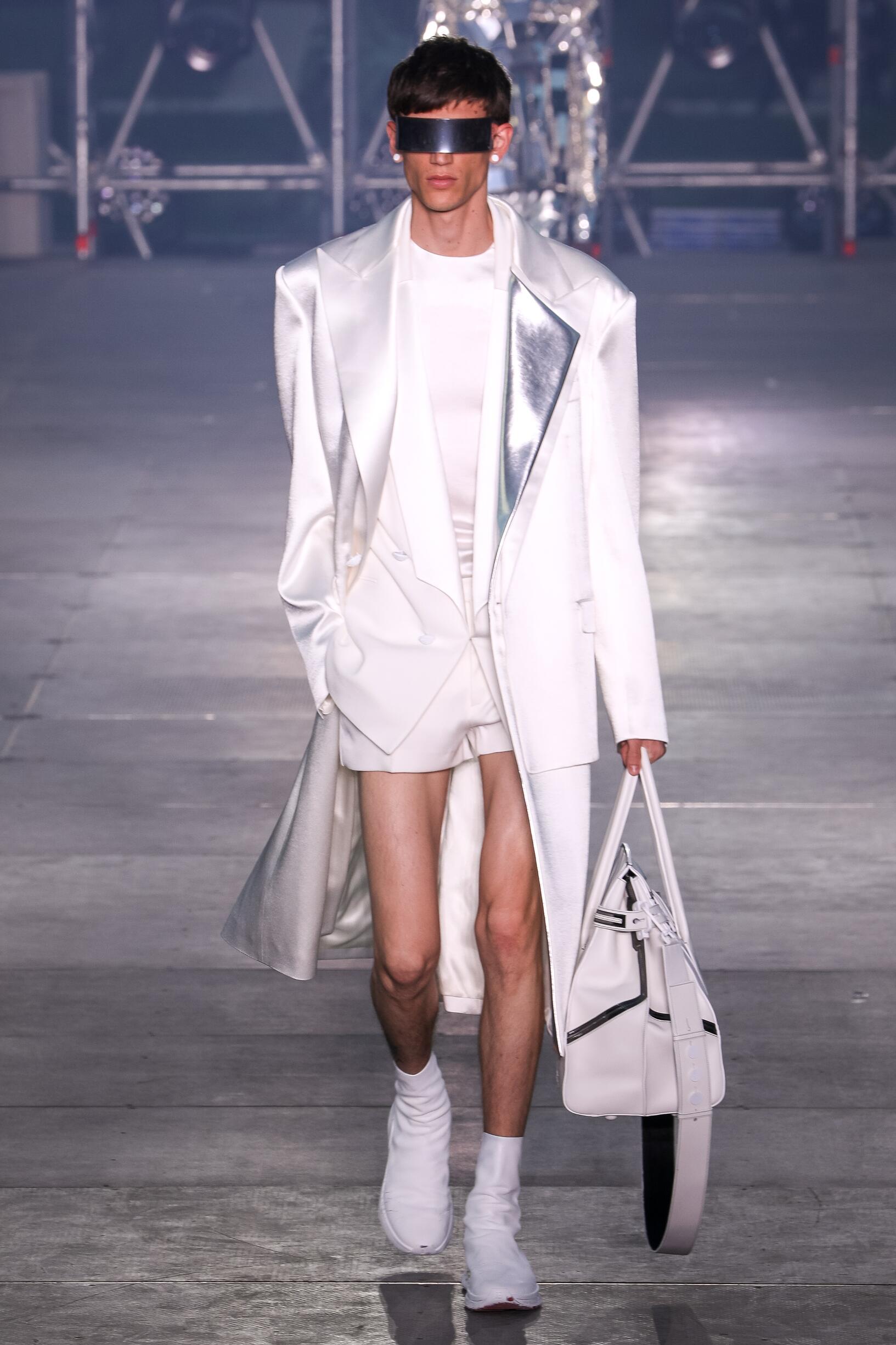 Spring 2020 Fashion Trends Balmain