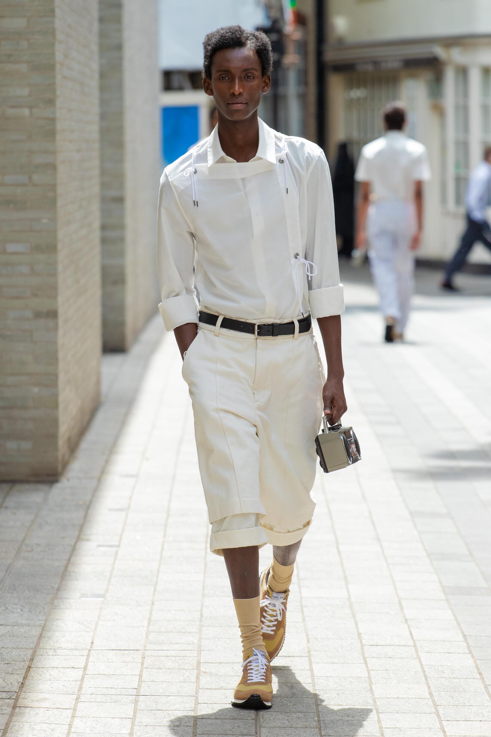 Spring 2020 Menswear Chalayan