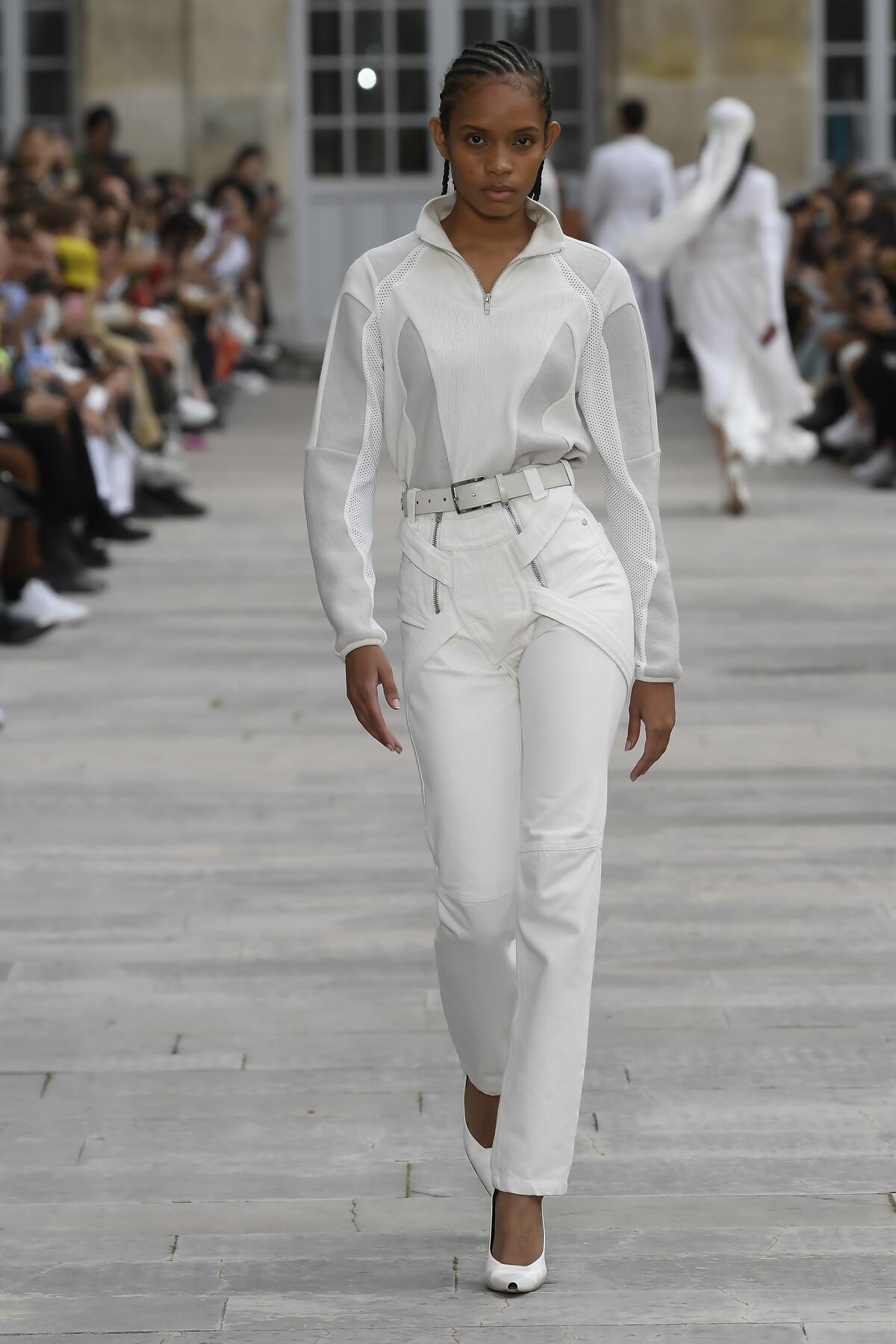 Spring 2020 Womenswear Gmbh