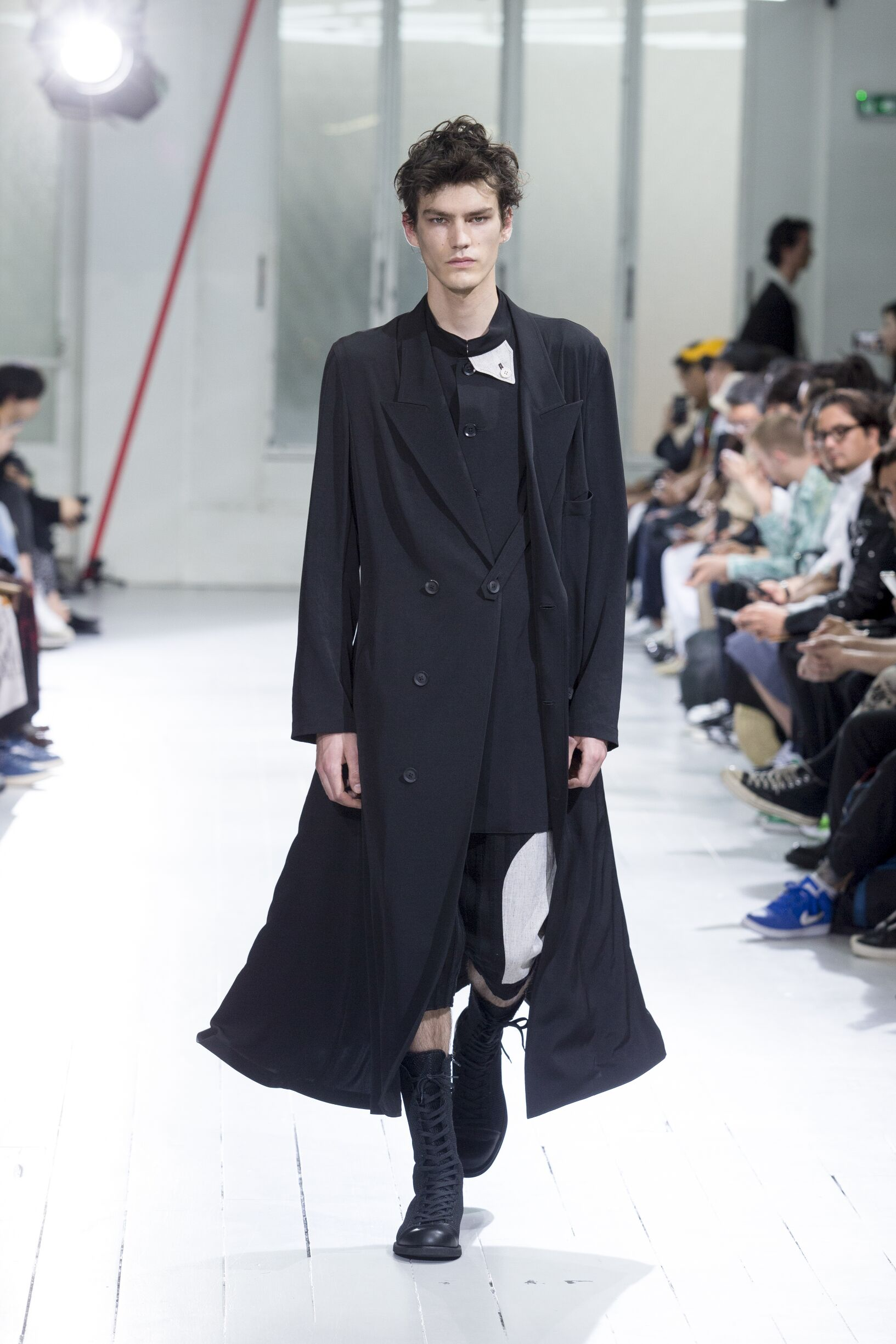 Yohji Yamamoto Spring Summer 2020 Collection Paris Fashion Week