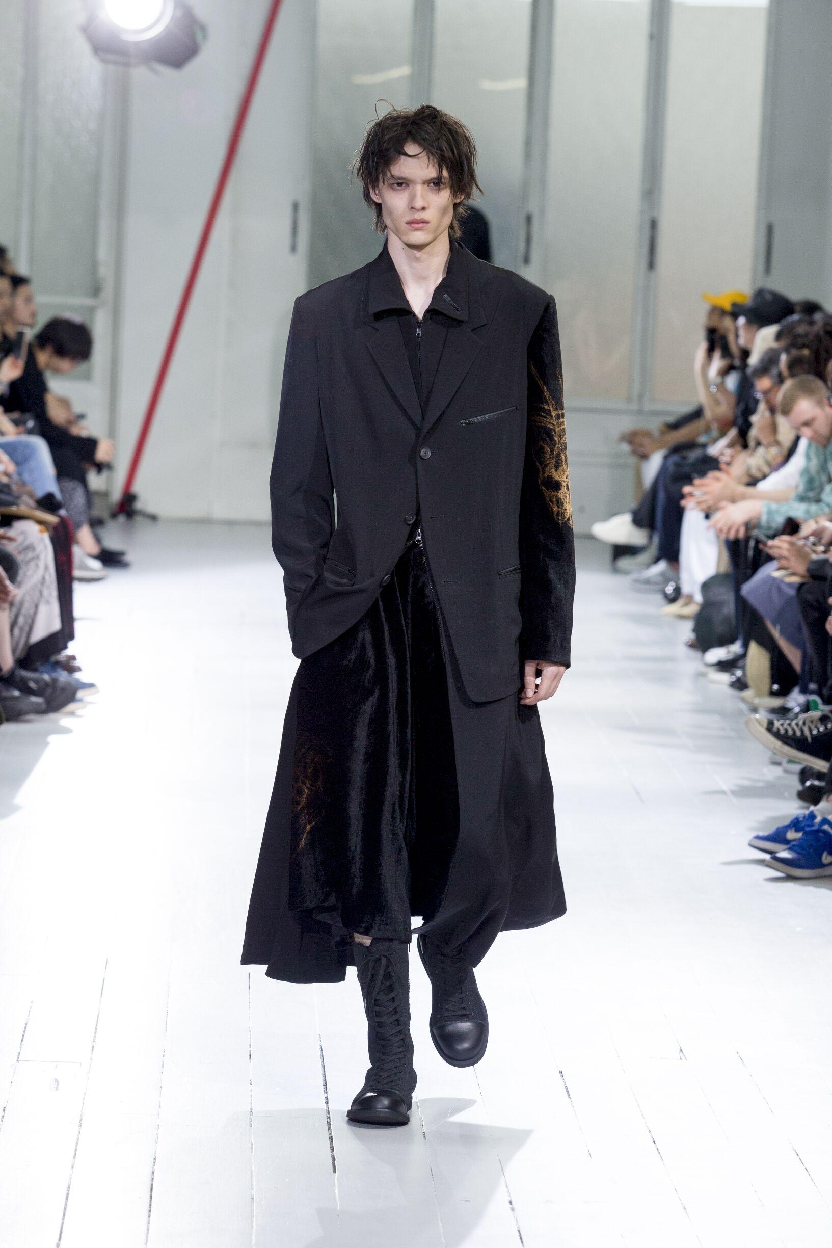 Yohji Yamamoto Summer 2020 Catwalk