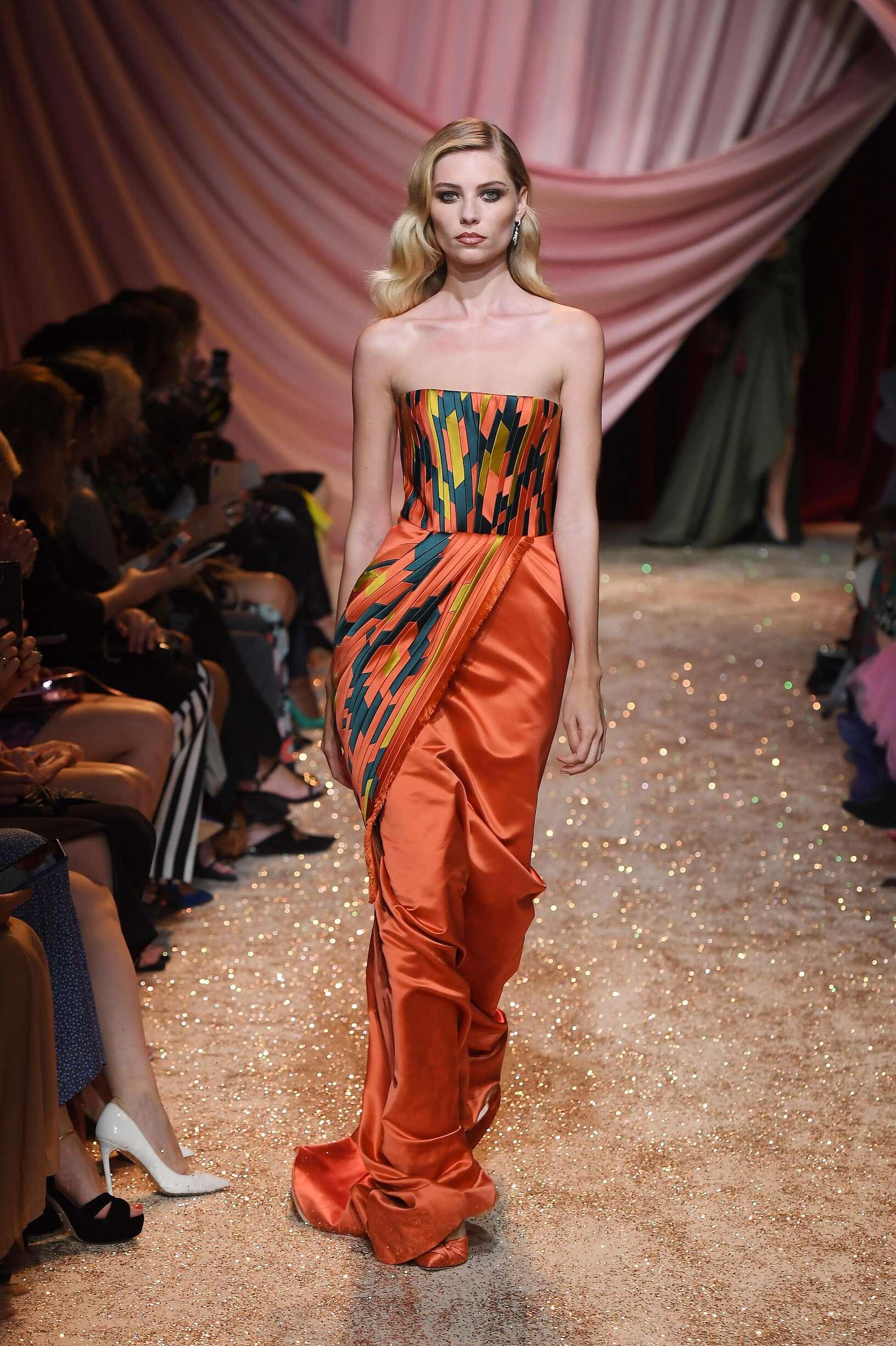 Catwalk Ulyana Sergeenko Haute Couture