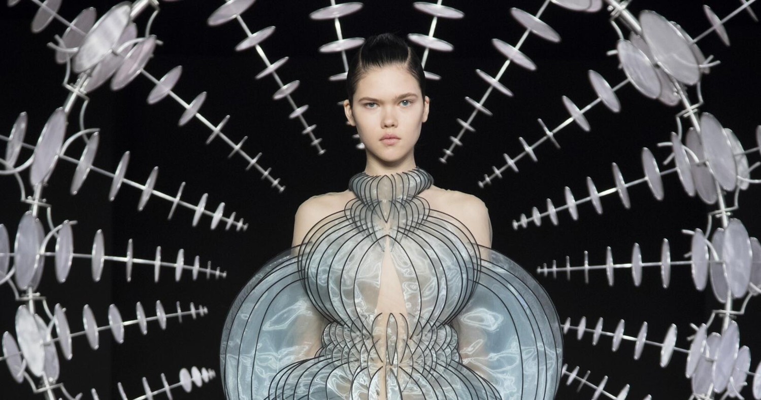 Iris van Herpen Haute Couture Fashion Show FW 2019 Paris