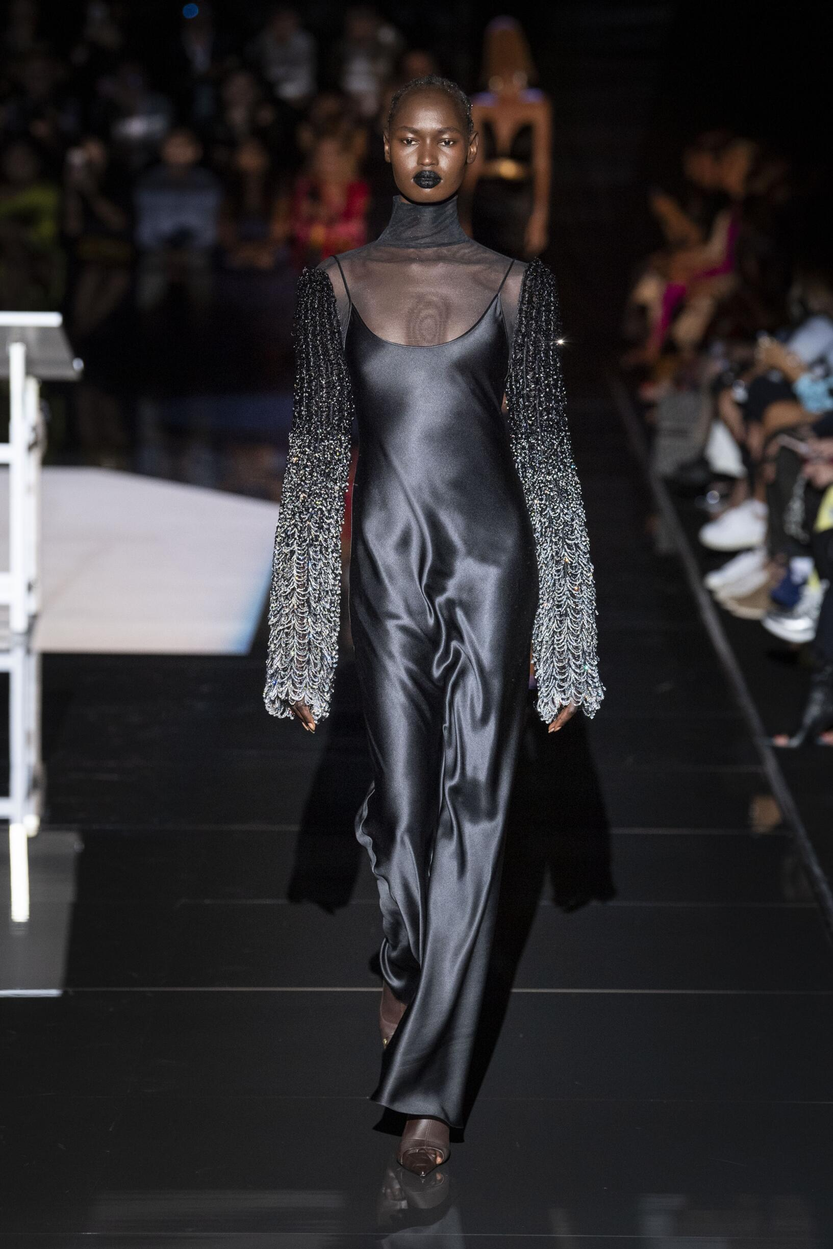 Schiaparelli Haute Couture Women's Collection 2019-20