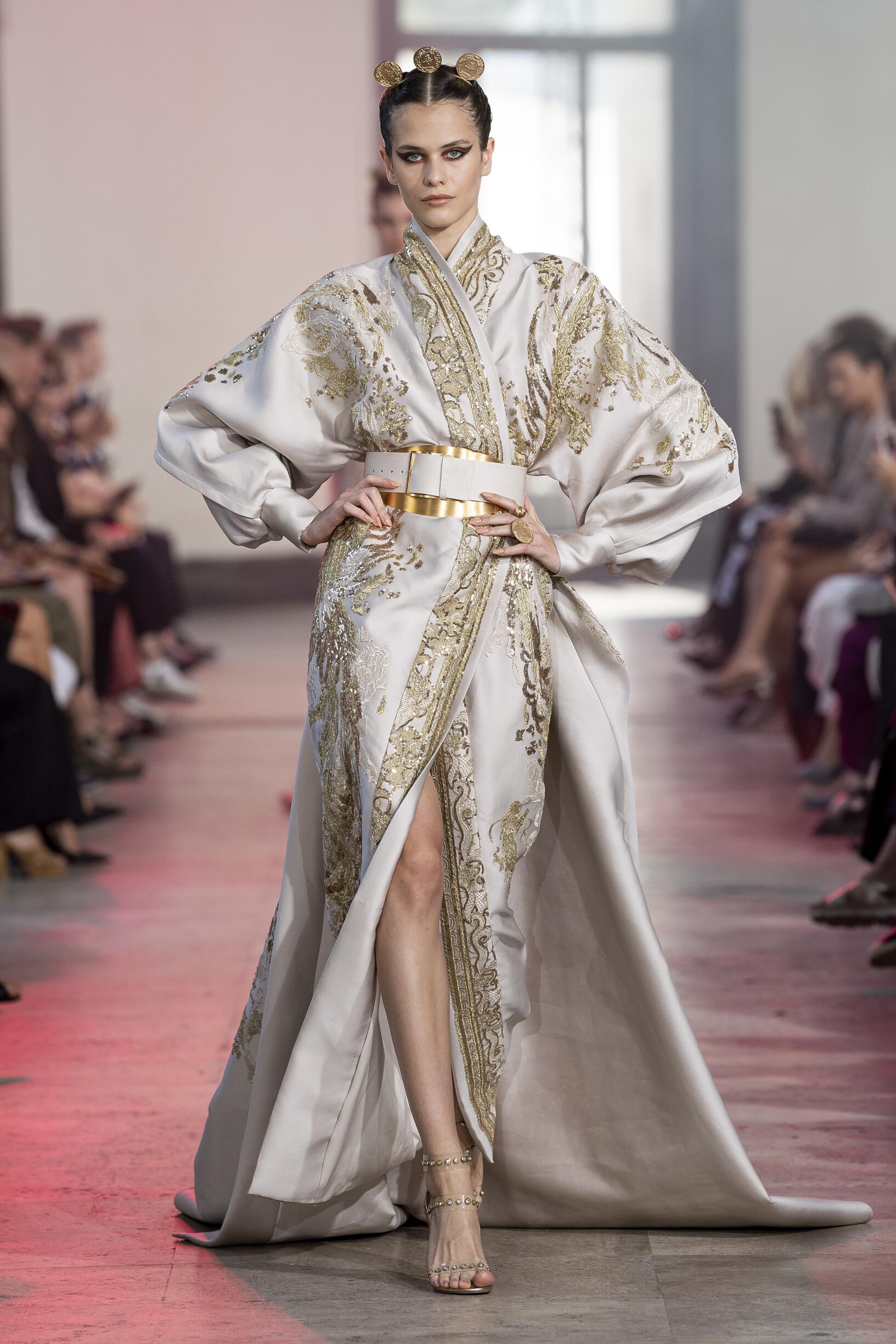 2019 Elie Saab Haute Couture Catwalk Paris Fashion Week