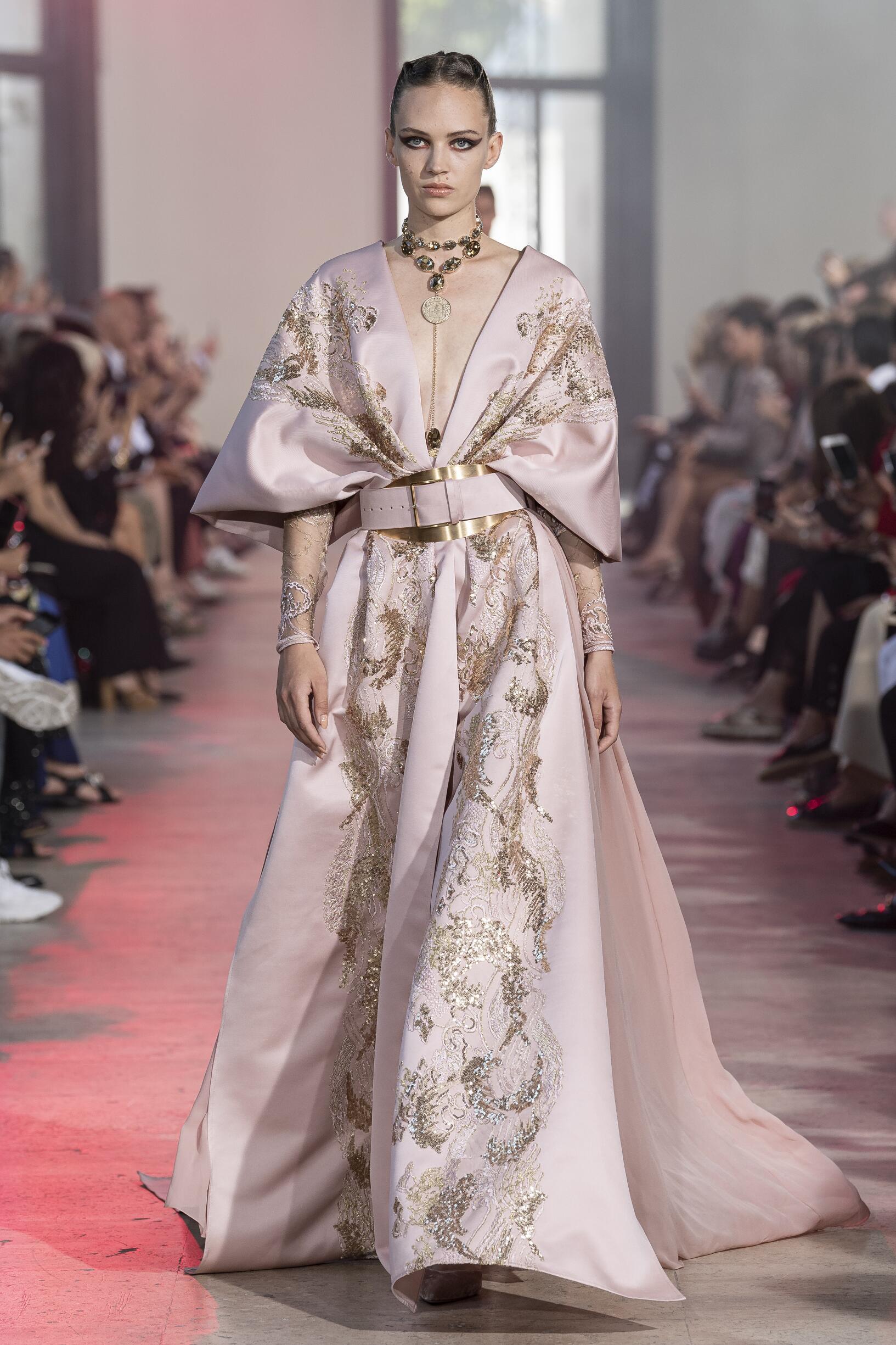 2019 Woman Elie Saab Haute Couture Trends Paris Fashion Week