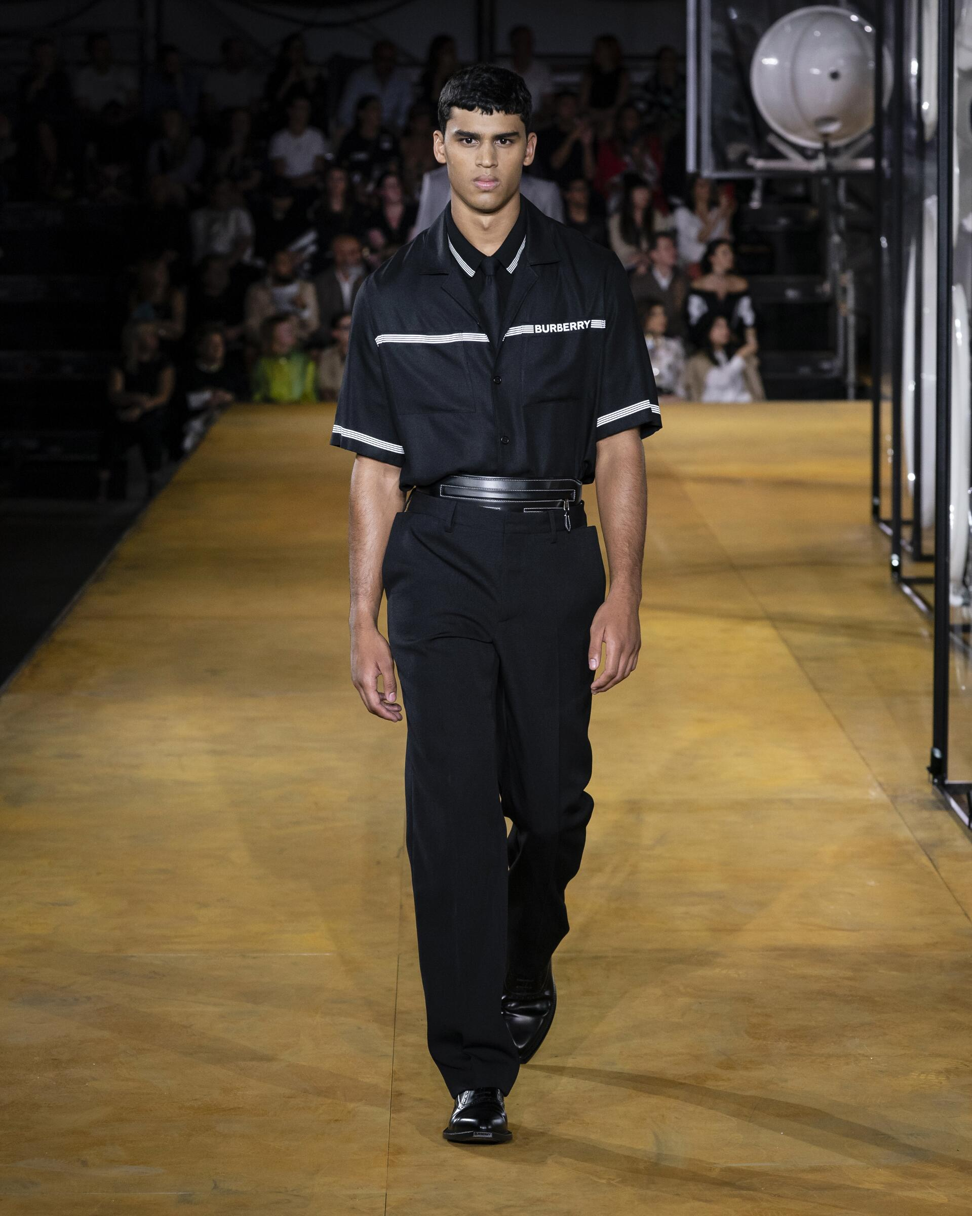2020 Burberry Menswear Spring Catwalk