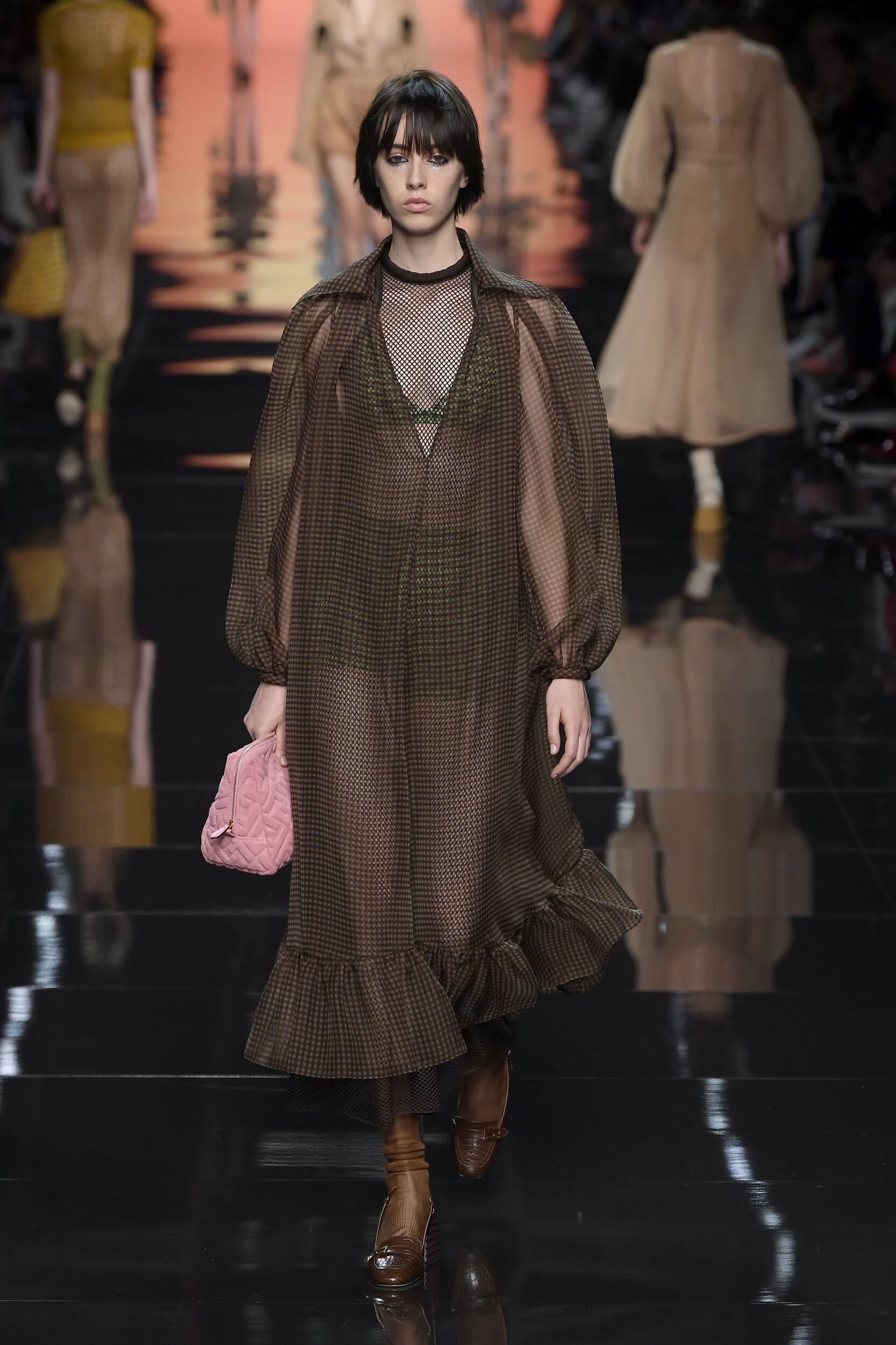 2020 Catwalk Fendi Summer Woman Collection