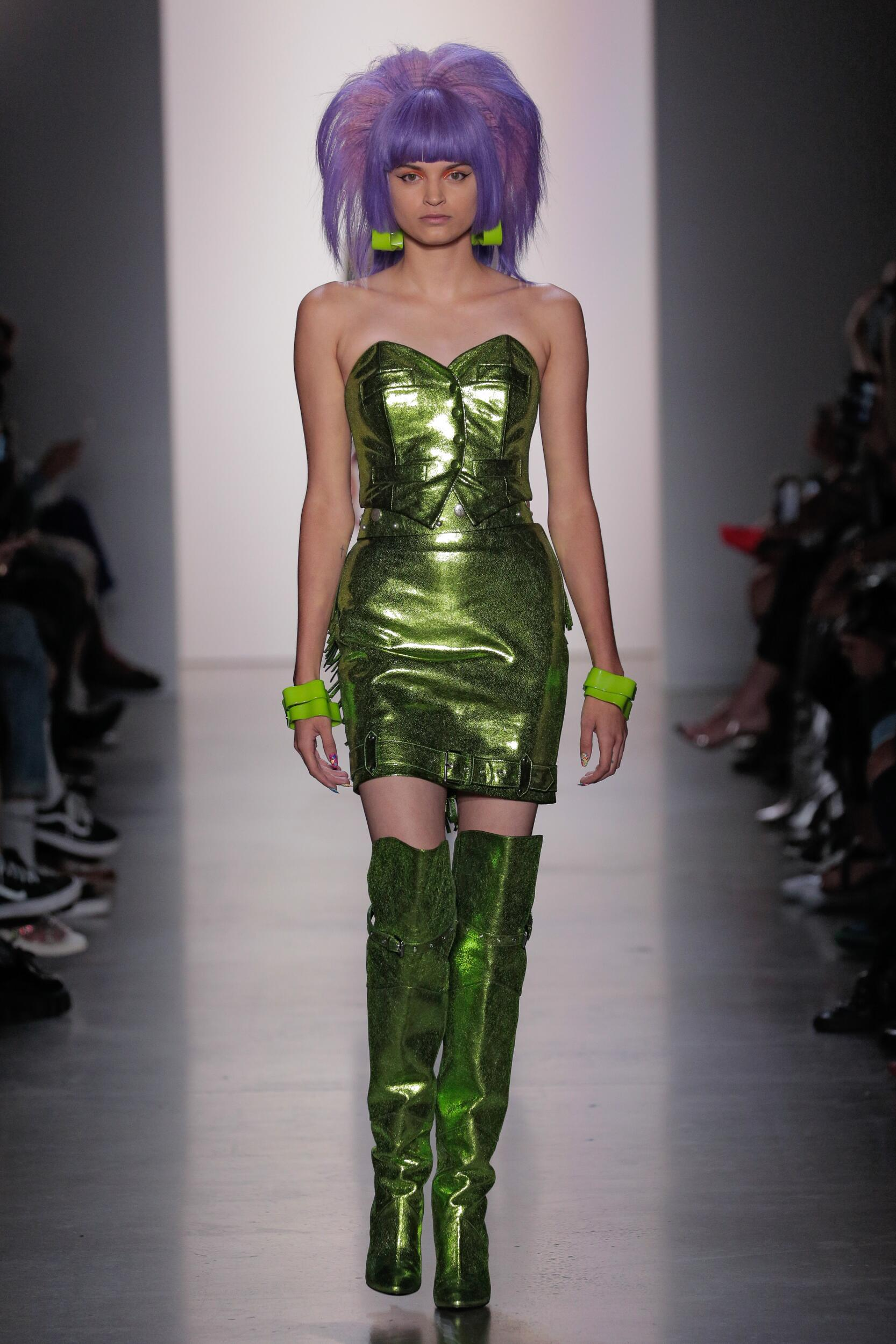 2020 Catwalk Jeremy Scott