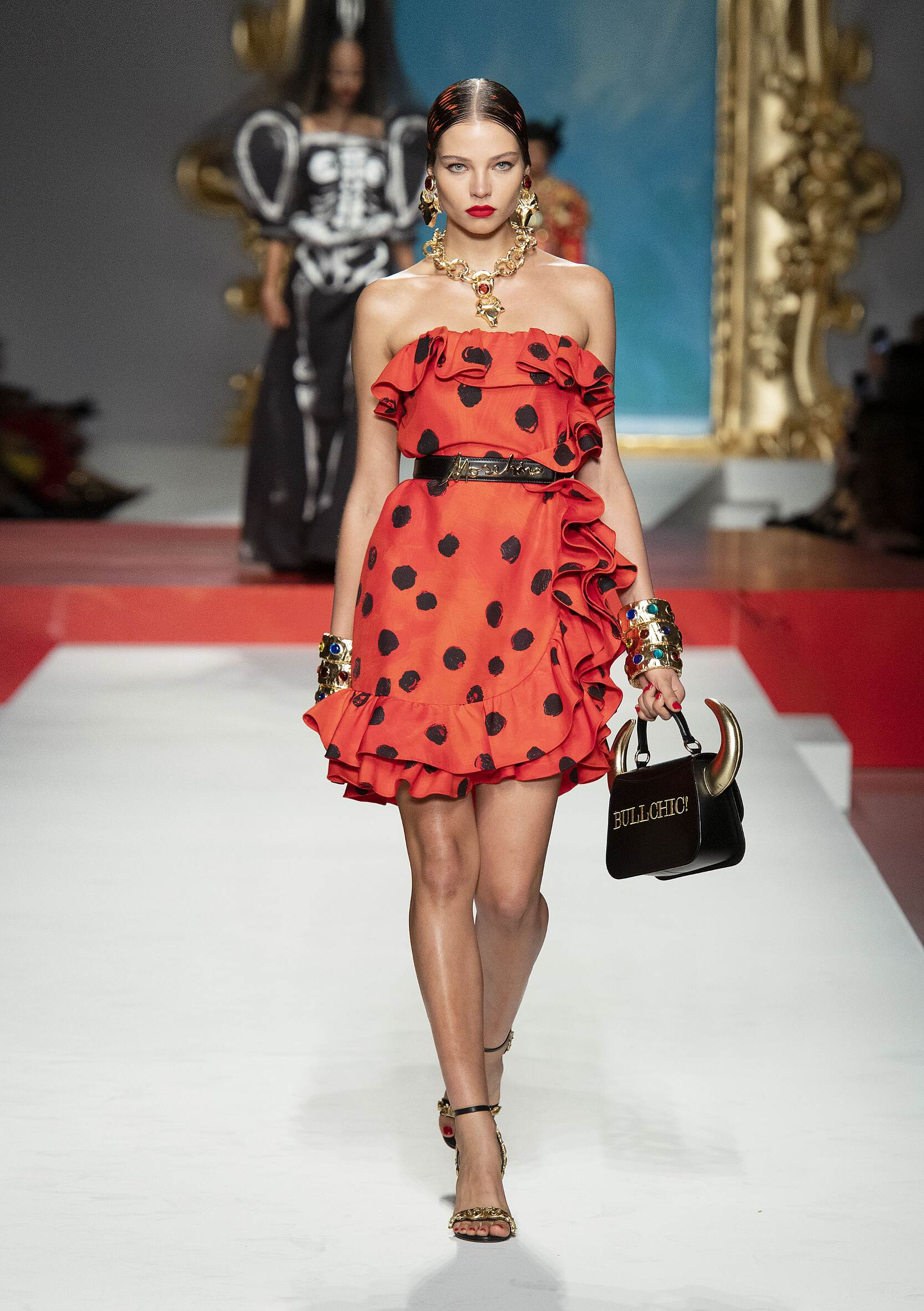 2020 Catwalk Moschino Summer Woman Collection
