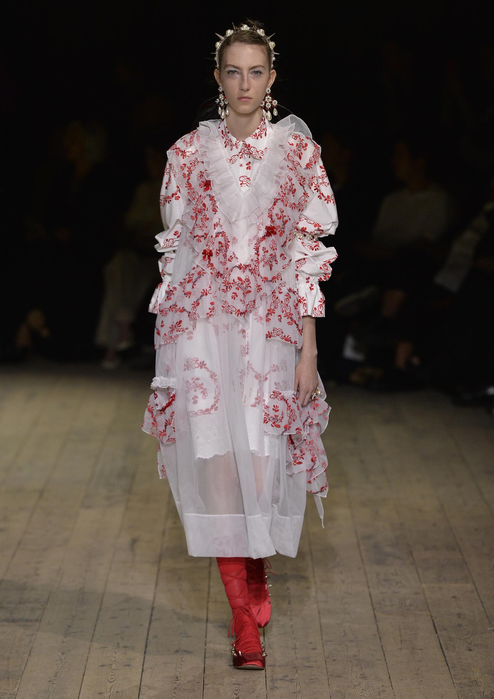 2020 Catwalk Simone Rocha Summer Woman Collection