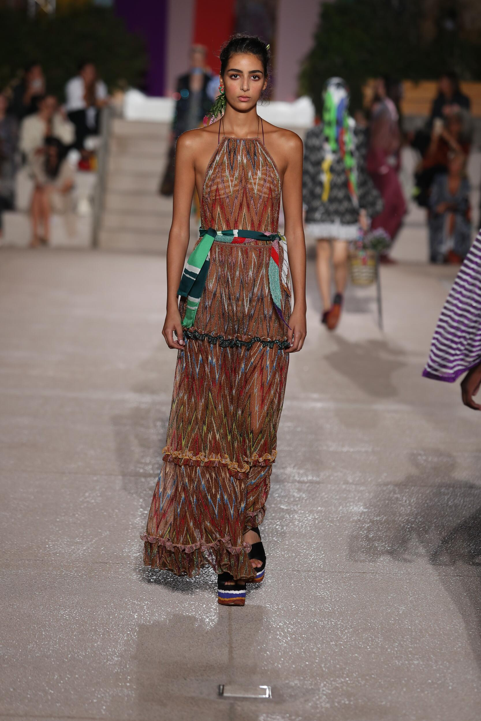 2020 Runway Woman Missoni Summer
