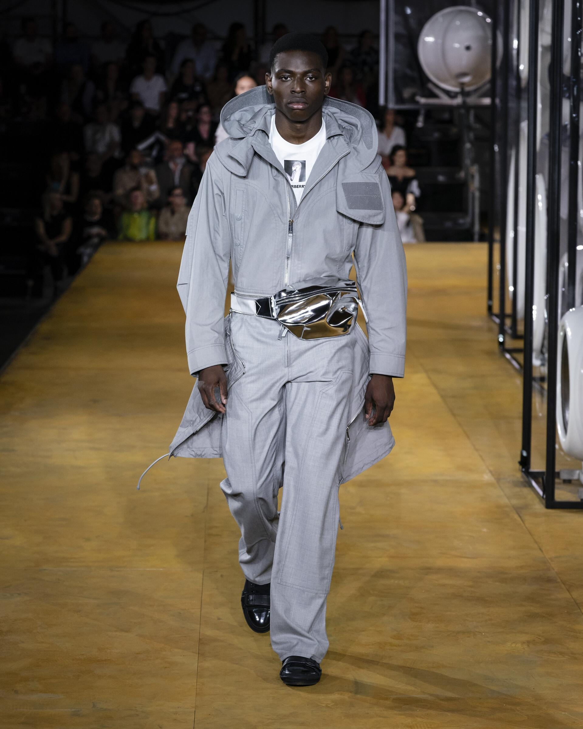 Burberry 2020 London Trends