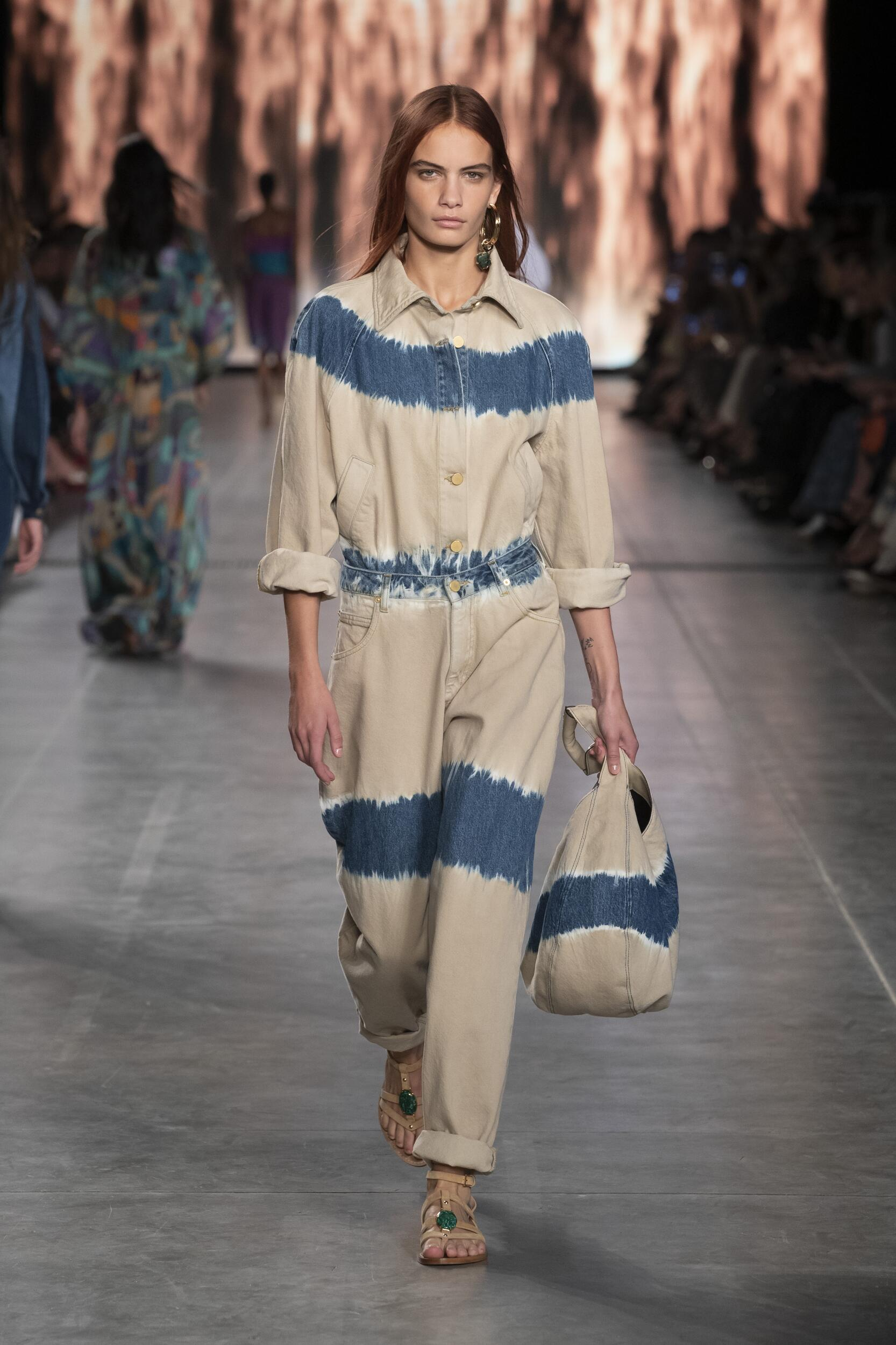 Catwalk Alberta Ferretti Woman Fashion Show Summer 2020