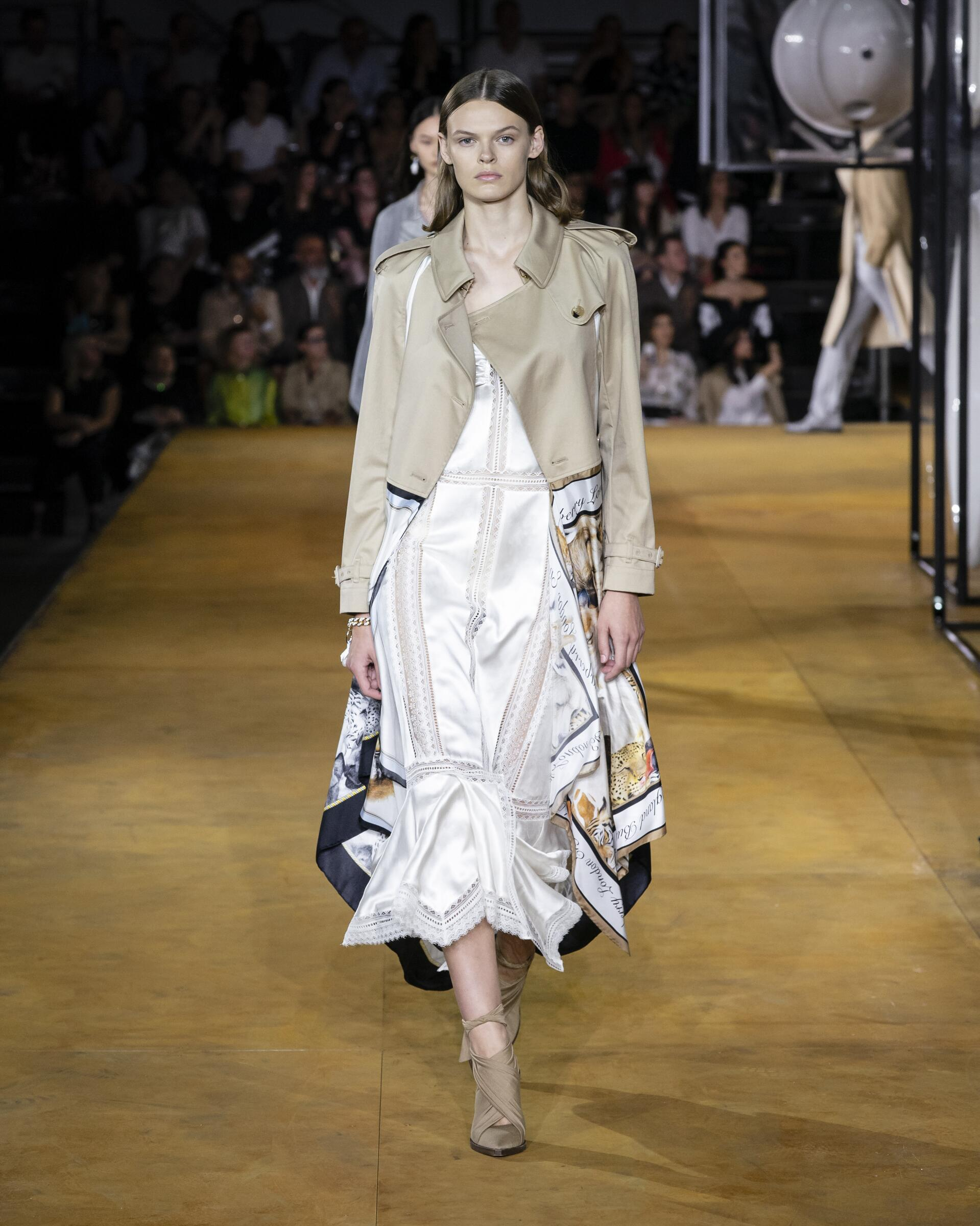 Catwalk Burberry Summer 2020