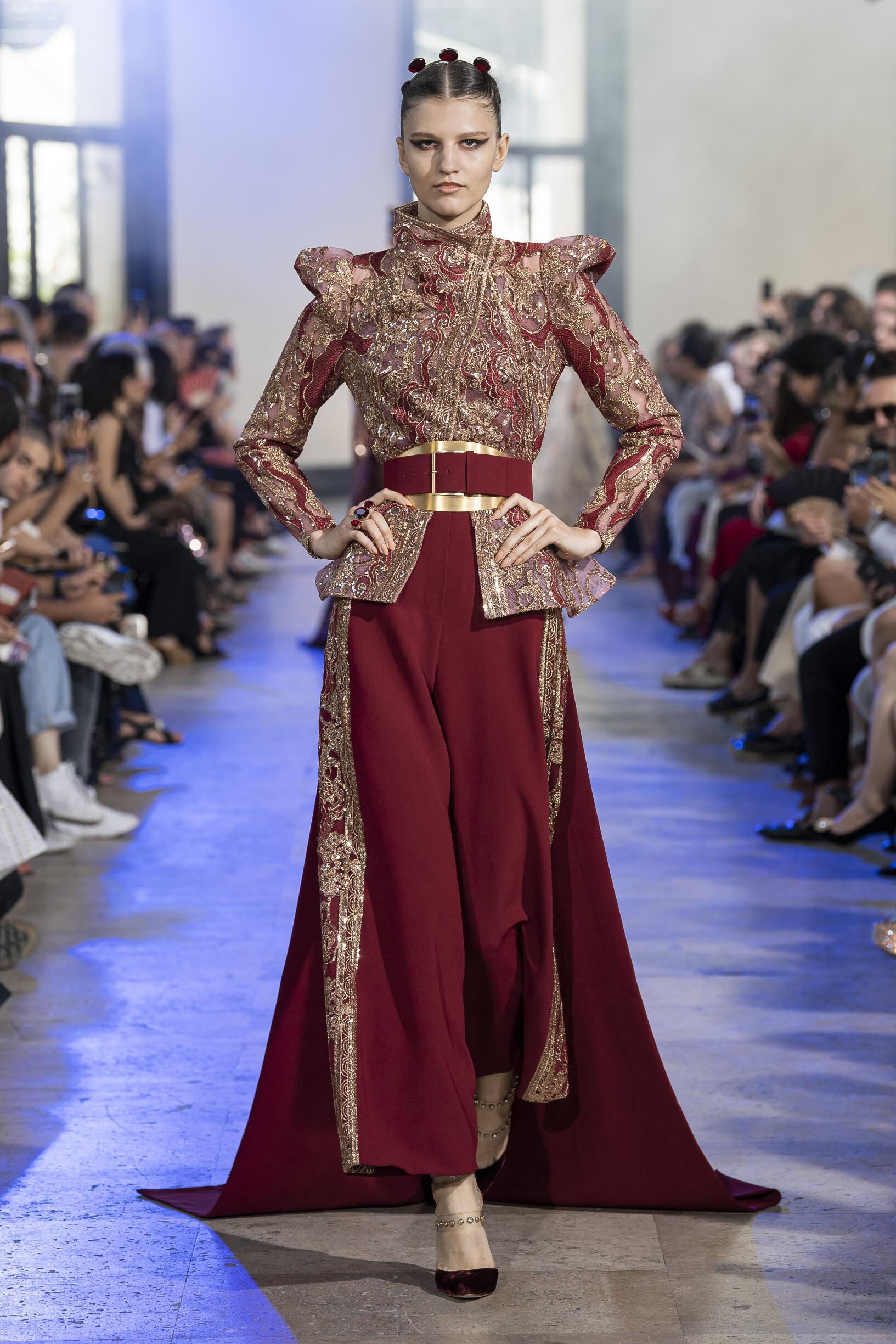Catwalk Elie Saab Haute Couture