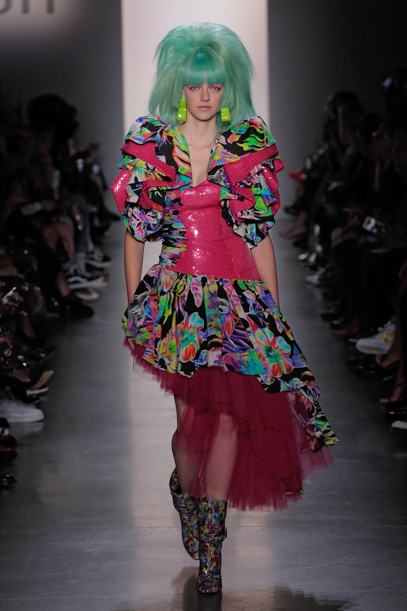 Catwalk Jeremy Scott Woman Fashion Show Summer 2020