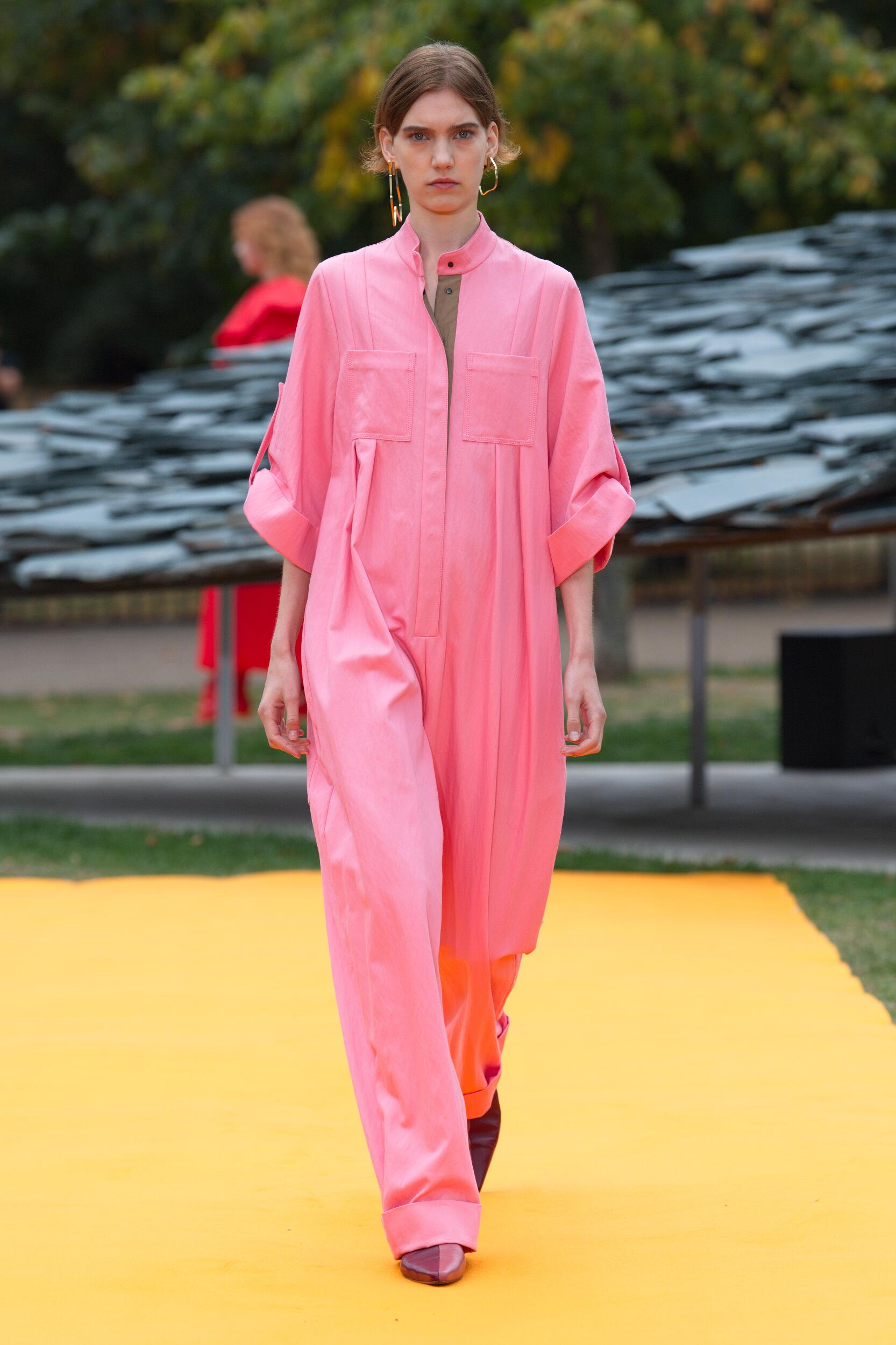Catwalk Roksanda Woman Fashion Show Summer 2020