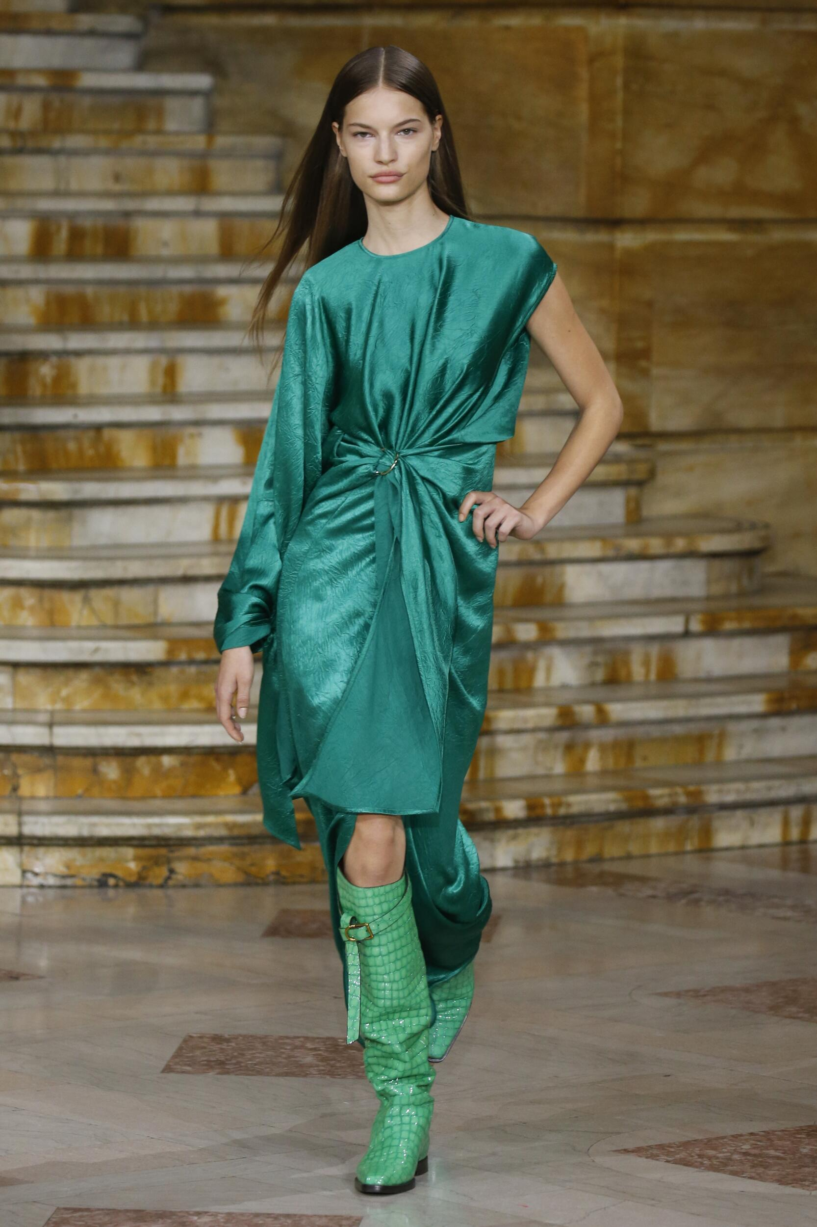 Catwalk Sies Marjan Woman Fashion Show Summer 2020