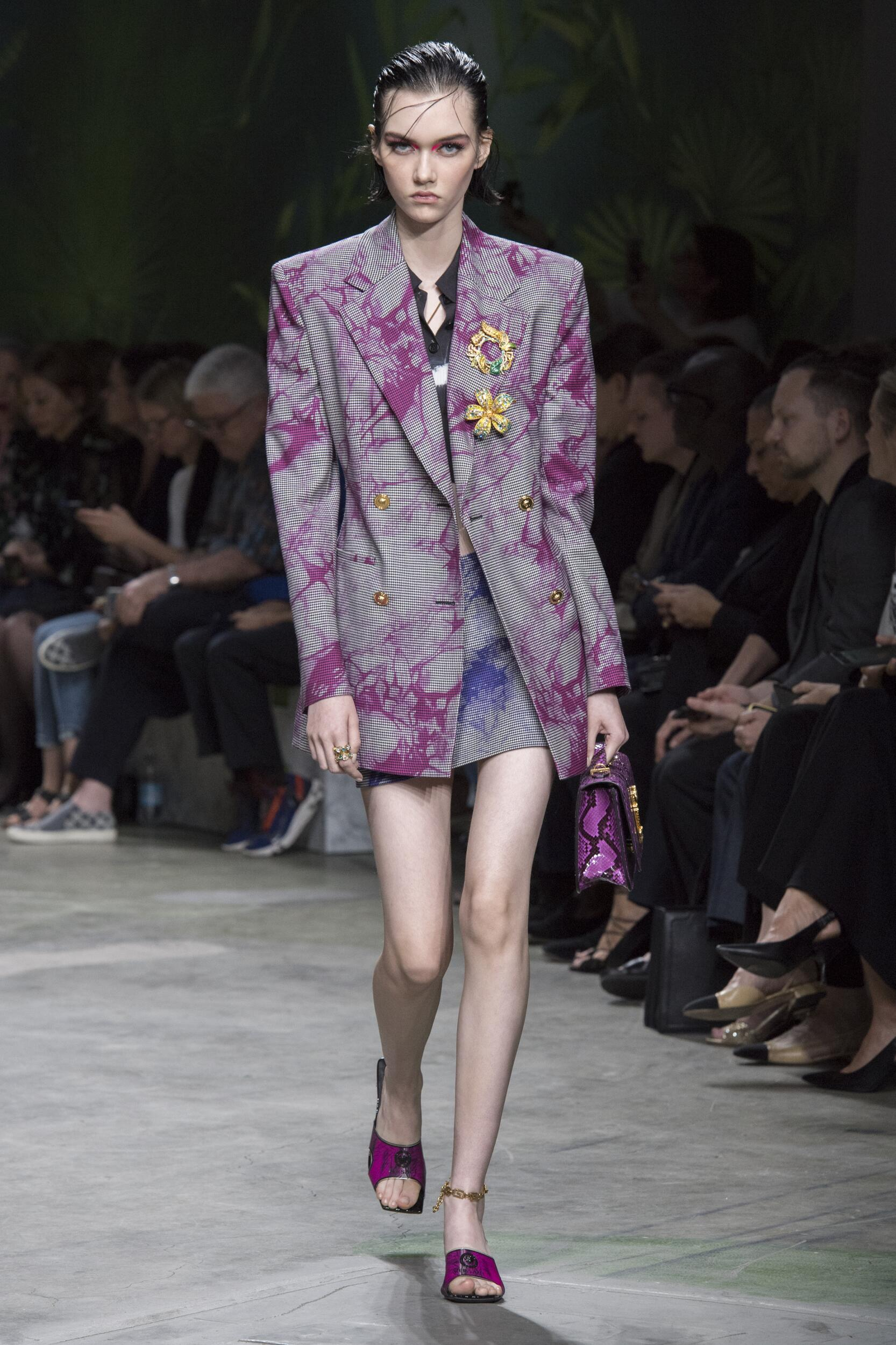 Catwalk Versace Woman Fashion Show Summer 2020