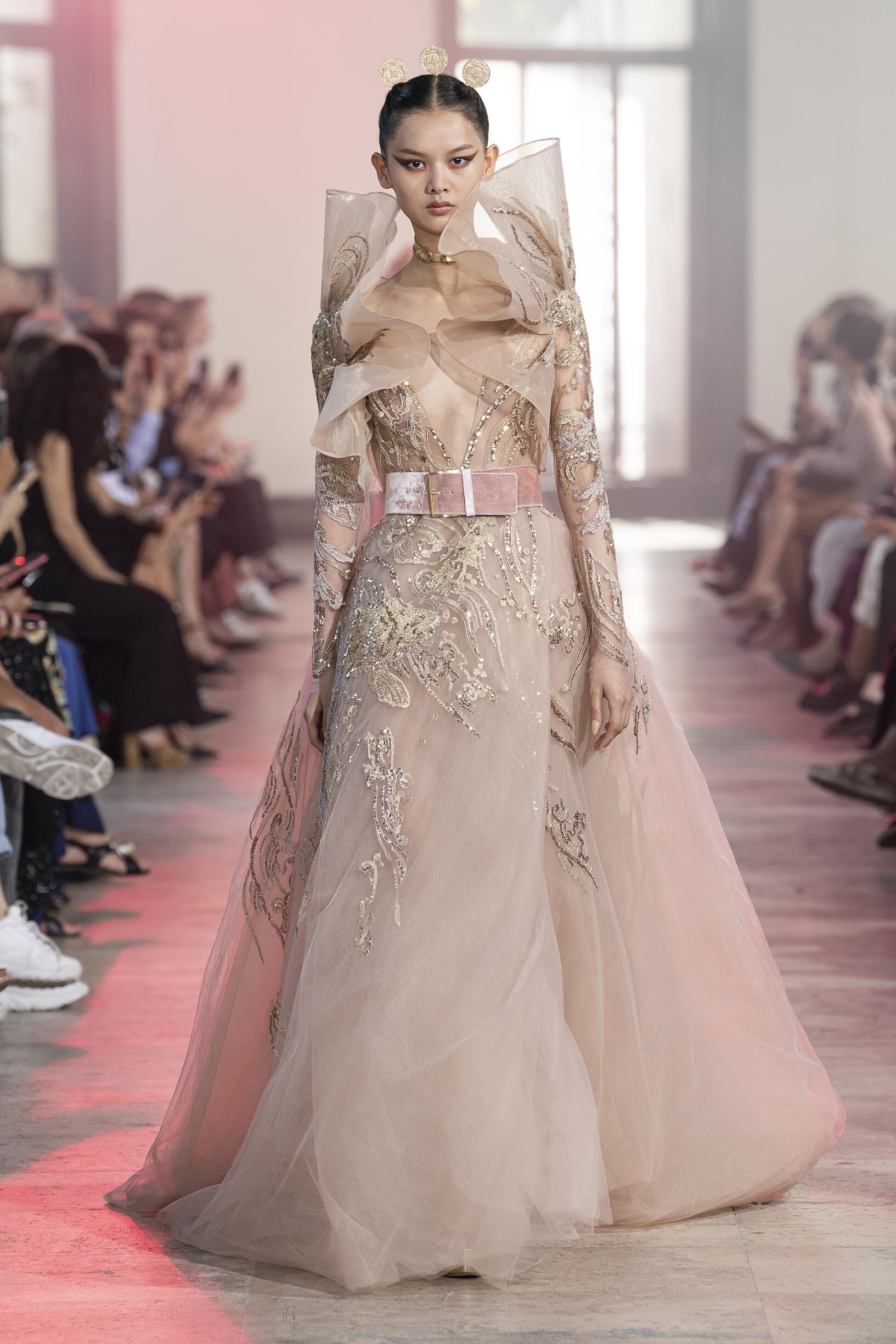 Elie Saab Haute Couture 2019-20 Paris