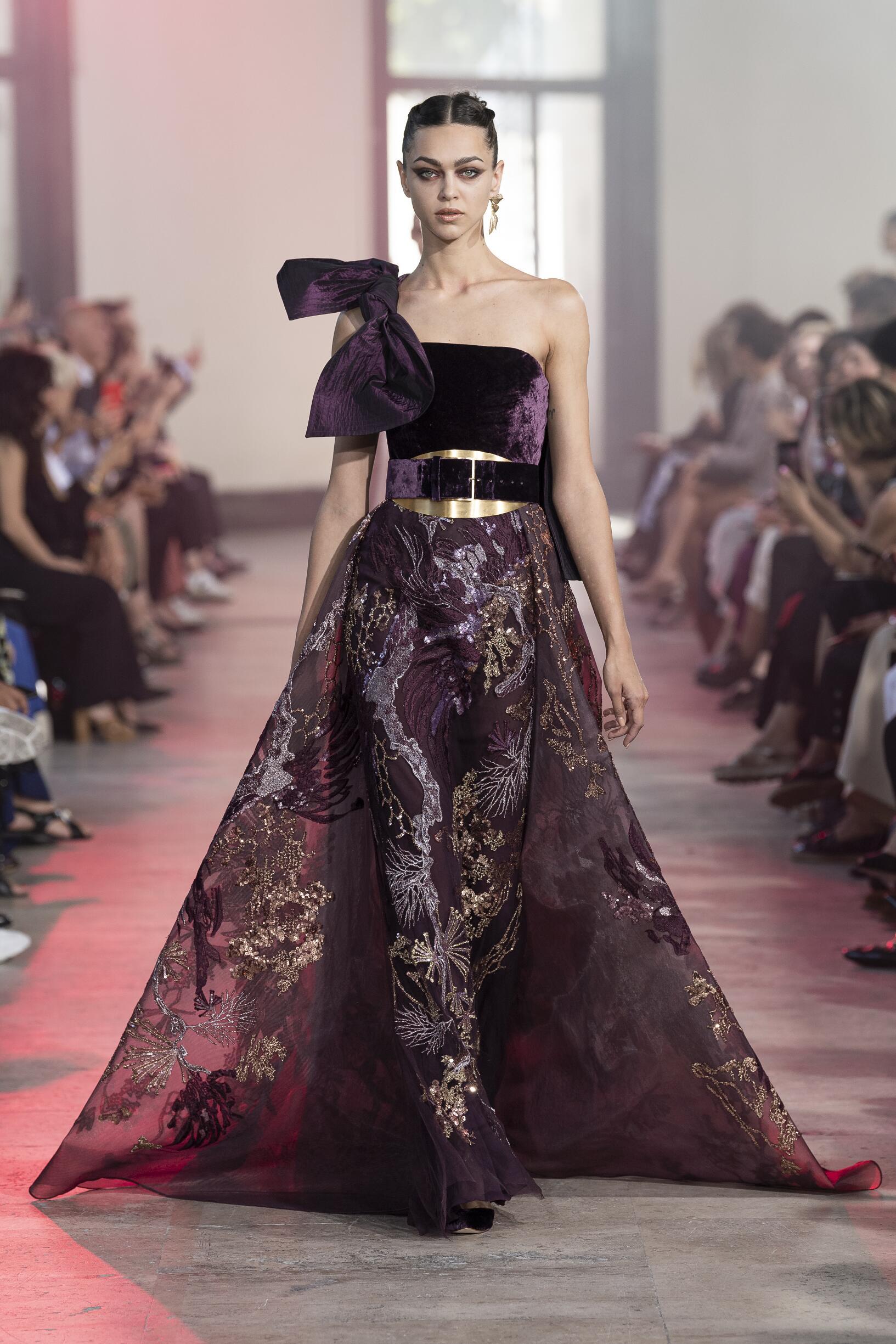 Elie Saab Haute Couture Paris Fashion Week Womenswear 2019-20